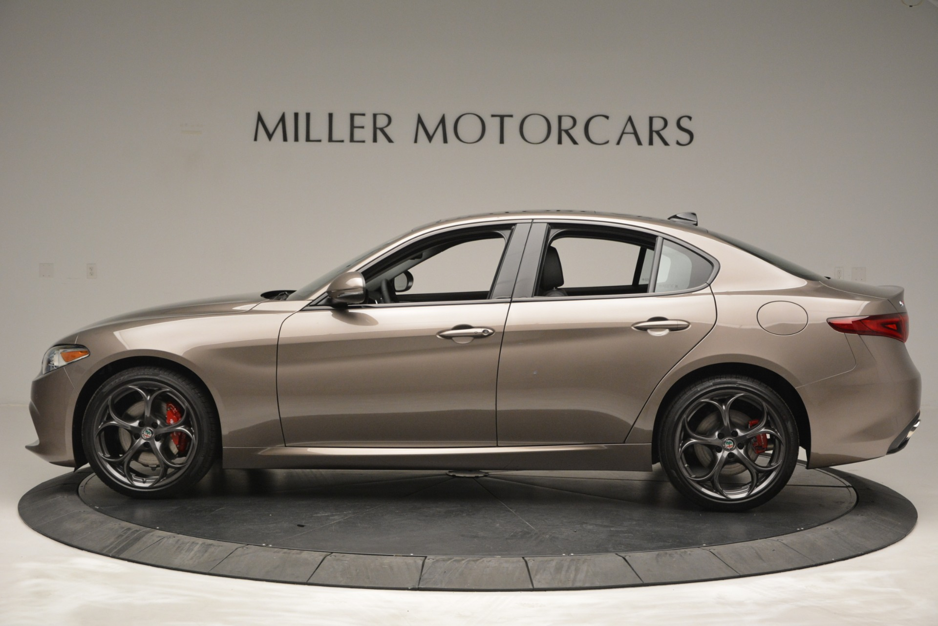New 2019 Alfa Romeo Giulia Ti Sport Q4 For Sale In Westport, CT 2894_p4