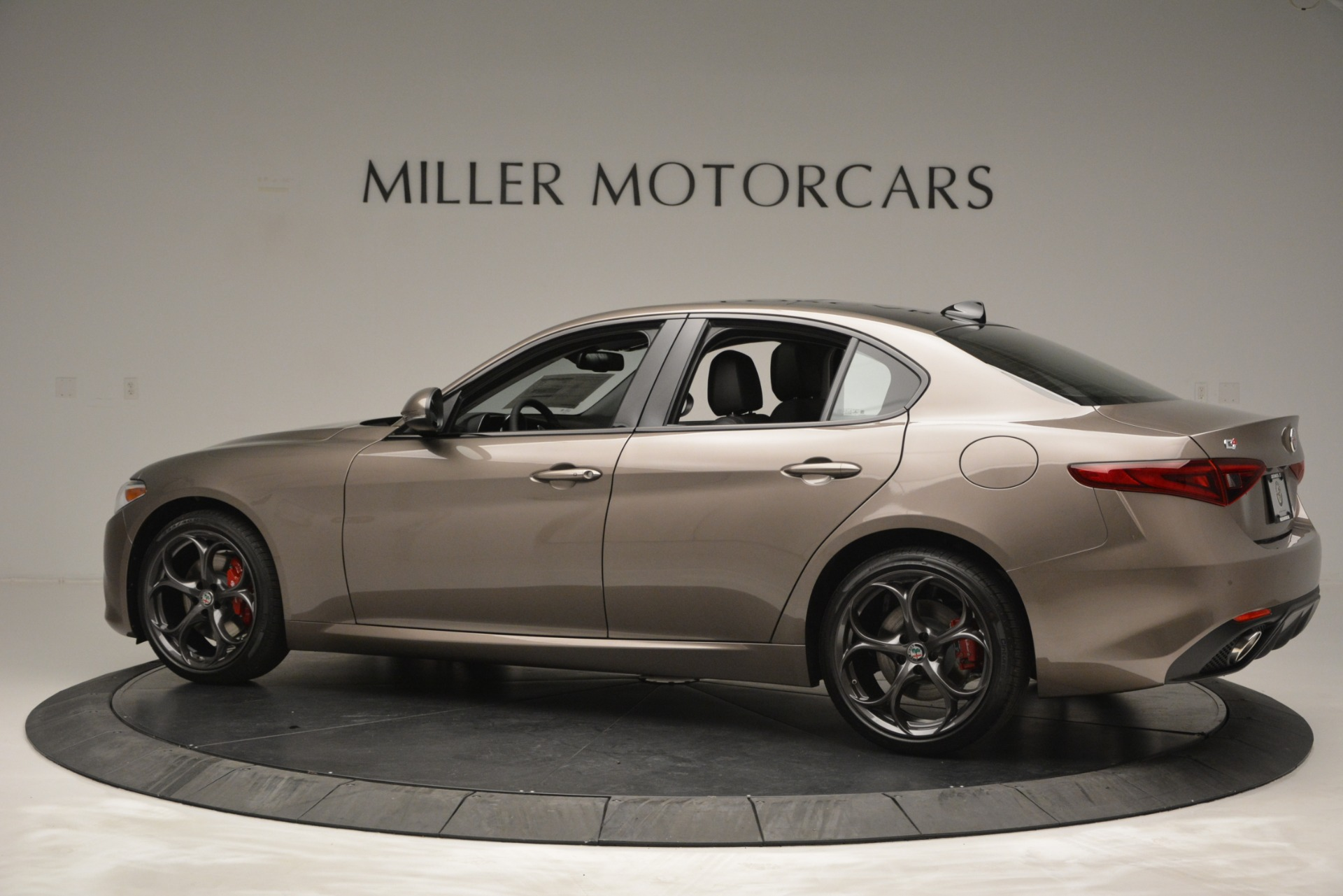 New 2019 Alfa Romeo Giulia Ti Sport Q4 For Sale In Westport, CT 2894_p5