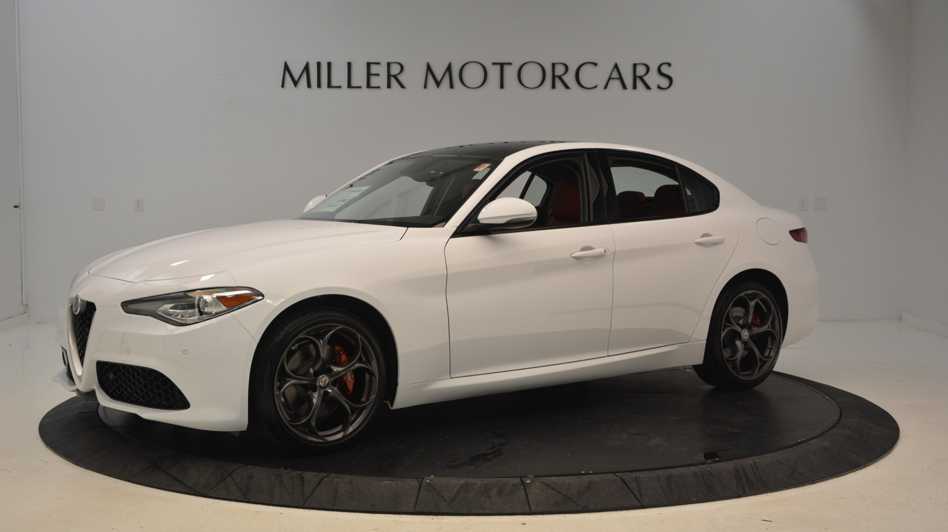 New 2019 Alfa Romeo Giulia Ti Sport Q4 For Sale In Westport, CT 2897_p2