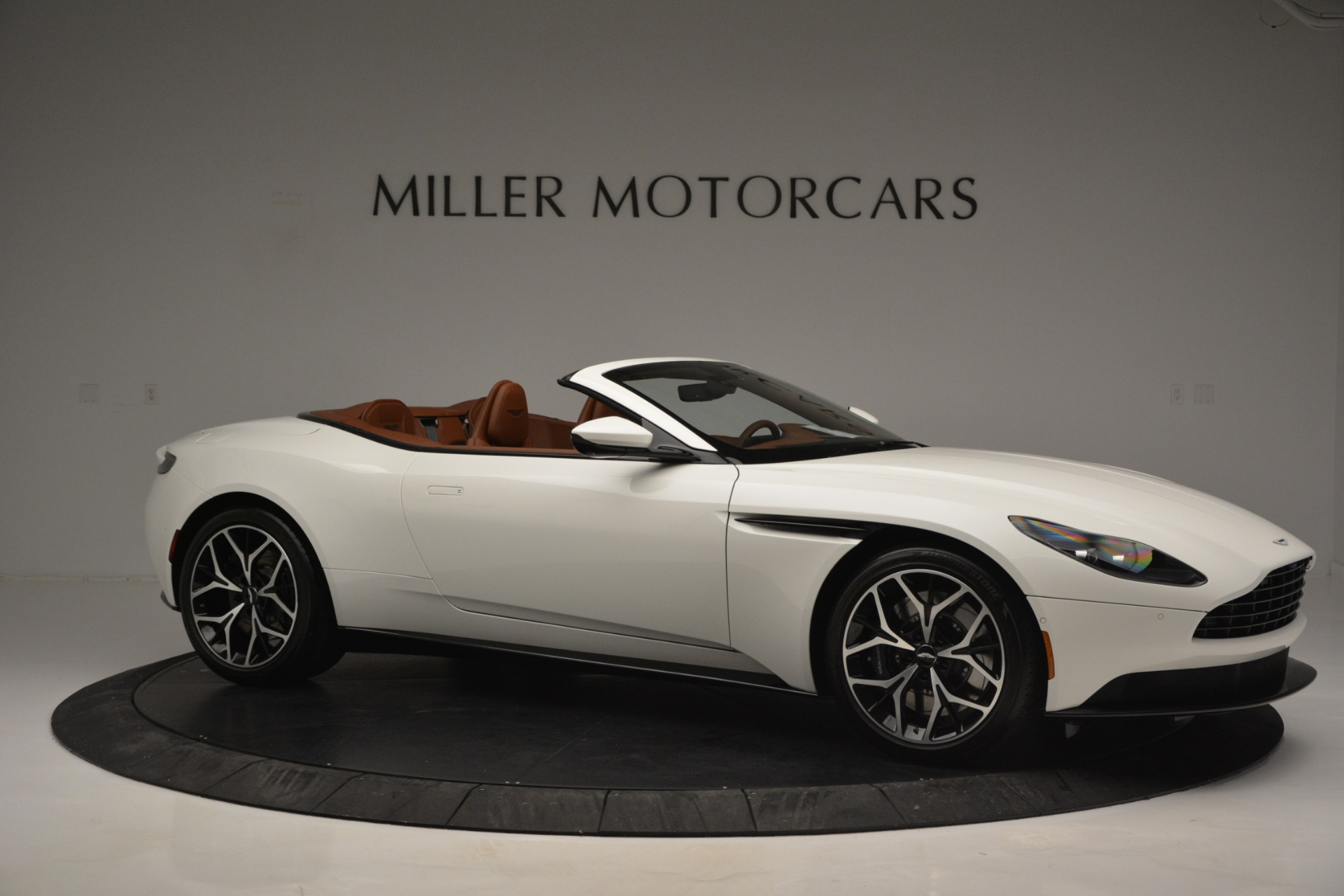 Used 2019 Aston Martin DB11 V8 Convertible For Sale In Westport, CT 2903_p10