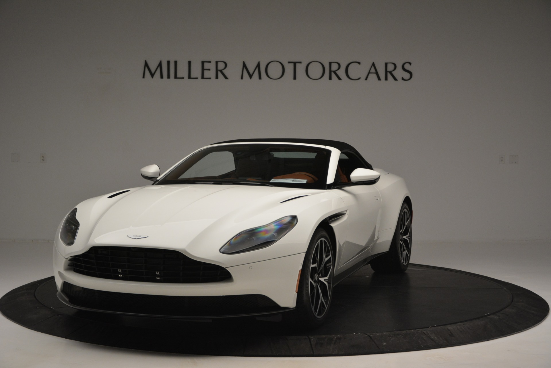 Used 2019 Aston Martin DB11 V8 Convertible For Sale In Westport, CT 2903_p13