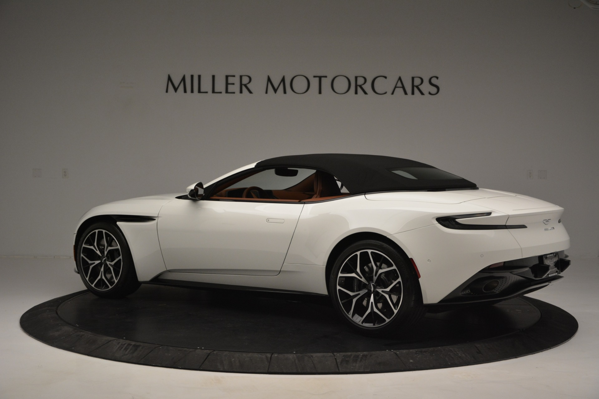 Used 2019 Aston Martin DB11 V8 Convertible For Sale In Westport, CT 2903_p16