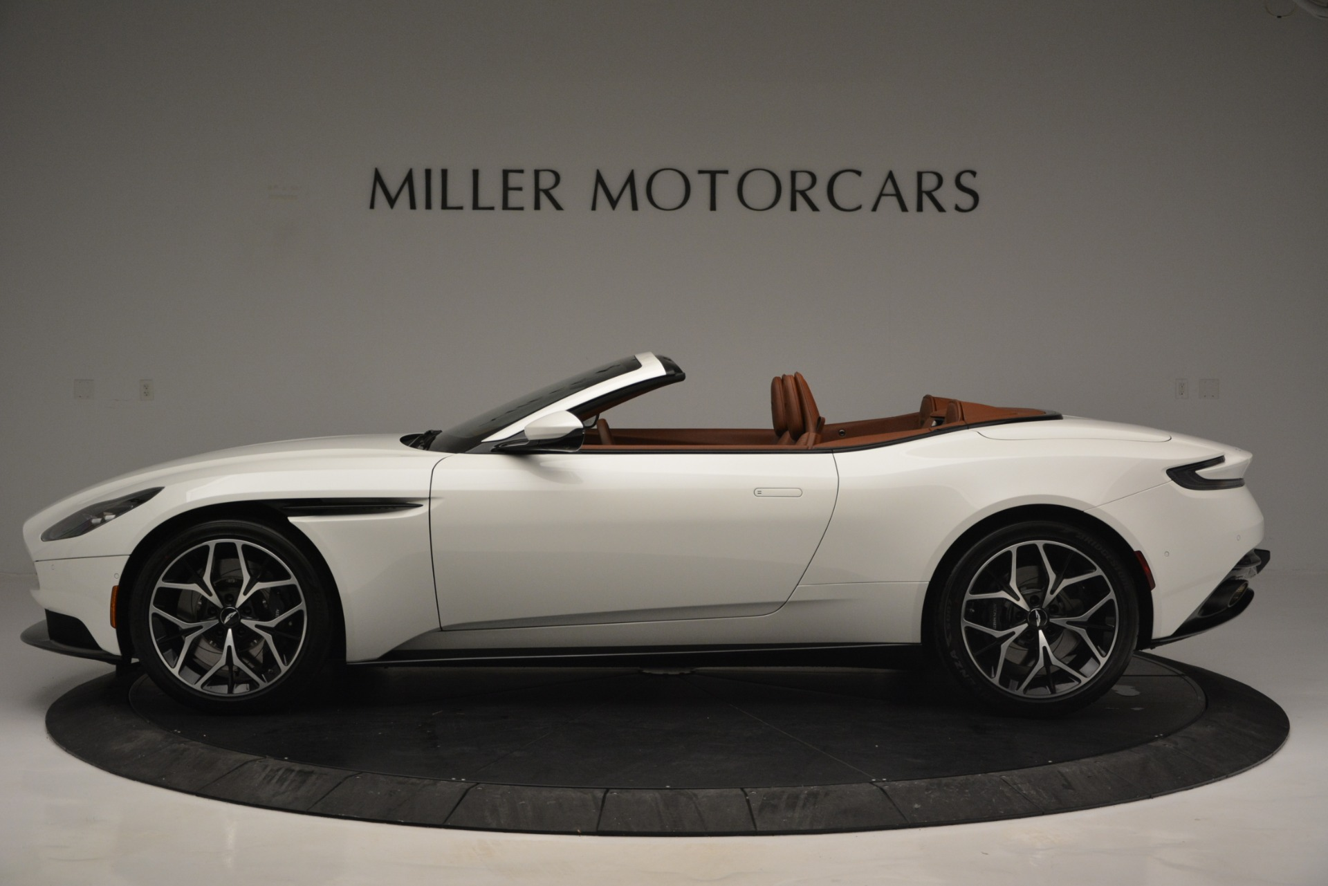 Used 2019 Aston Martin DB11 V8 Convertible For Sale In Westport, CT 2903_p3