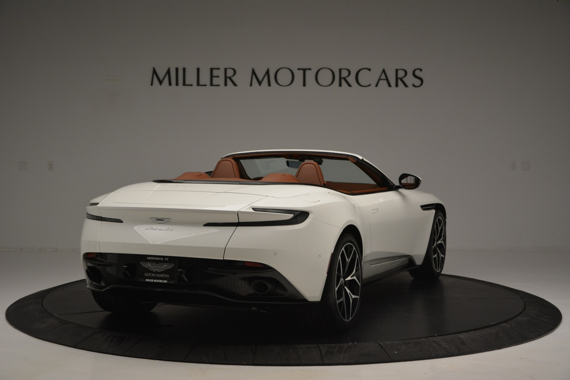 Used 2019 Aston Martin DB11 V8 Convertible For Sale In Westport, CT 2903_p7