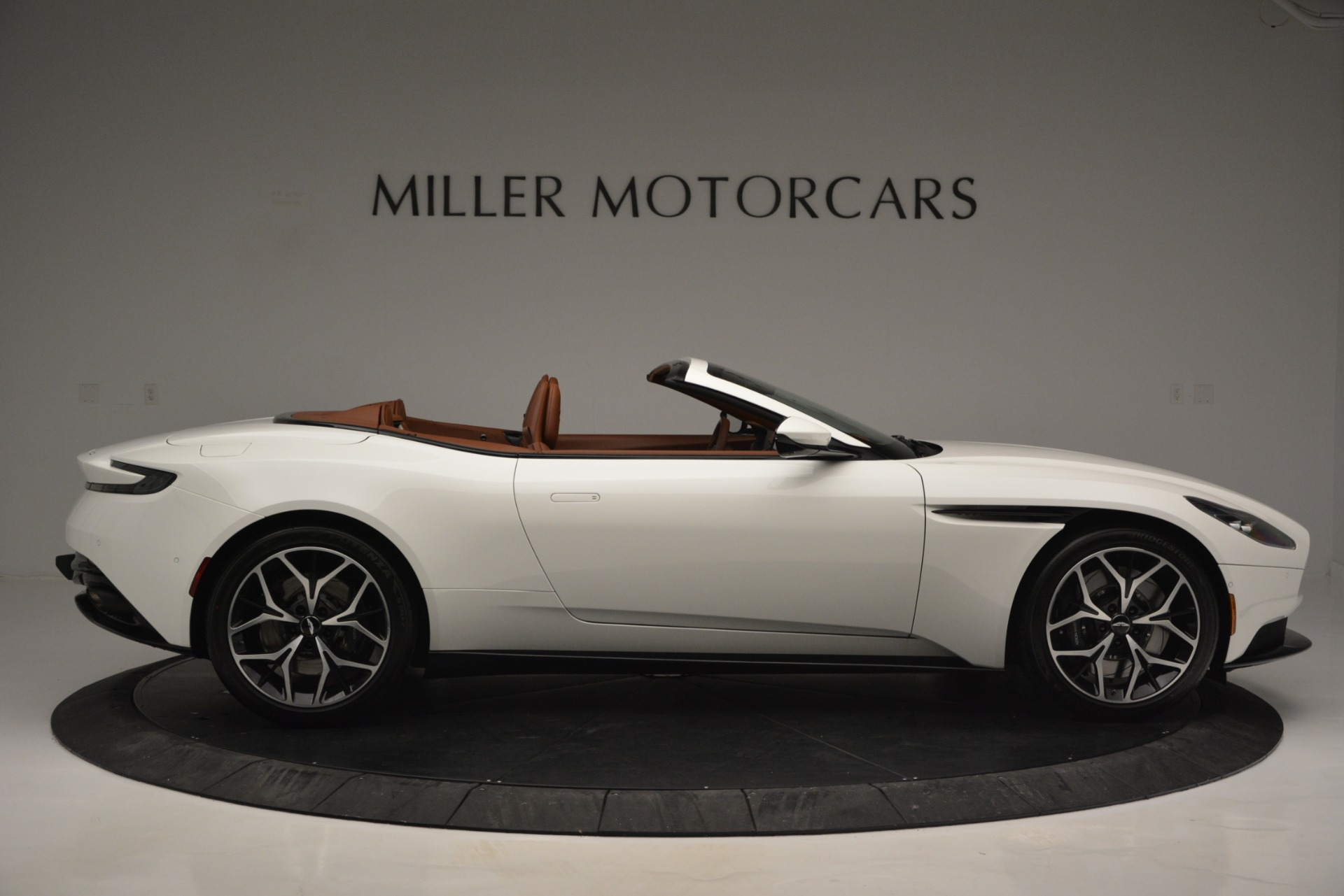 Used 2019 Aston Martin DB11 V8 Convertible For Sale In Westport, CT 2903_p9
