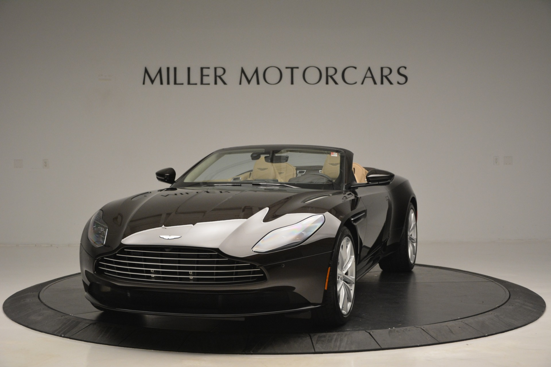 New 2019 Aston Martin DB11 V8 Convertible For Sale In Westport, CT 2905_p2