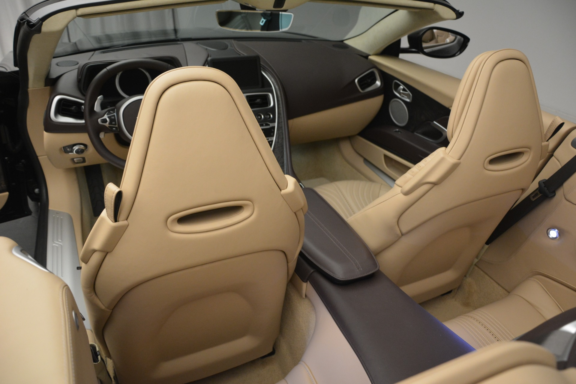 New 2019 Aston Martin DB11 V8 For Sale In Westport, CT 2905_p30