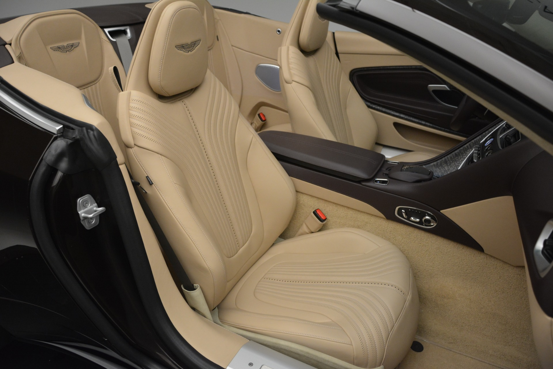 New 2019 Aston Martin DB11 V8 Convertible For Sale In Westport, CT 2905_p34