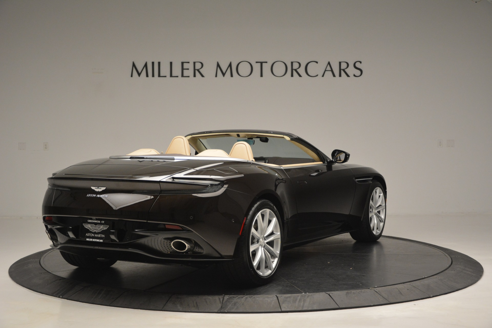 New 2019 Aston Martin DB11 V8 For Sale In Westport, CT 2905_p7