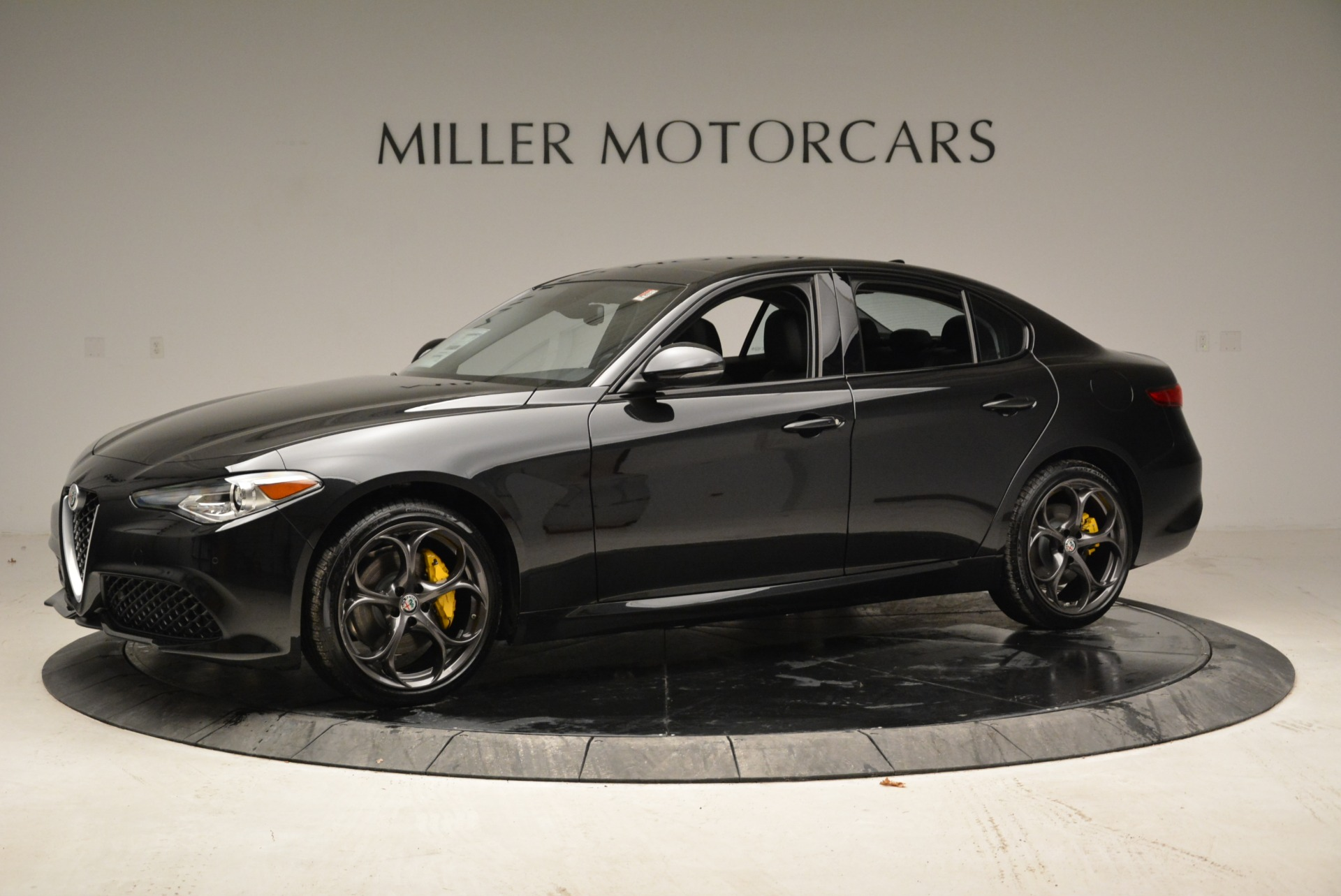 New 2019 Alfa Romeo Giulia Ti Sport Q4 For Sale In Westport, CT 2913_p2