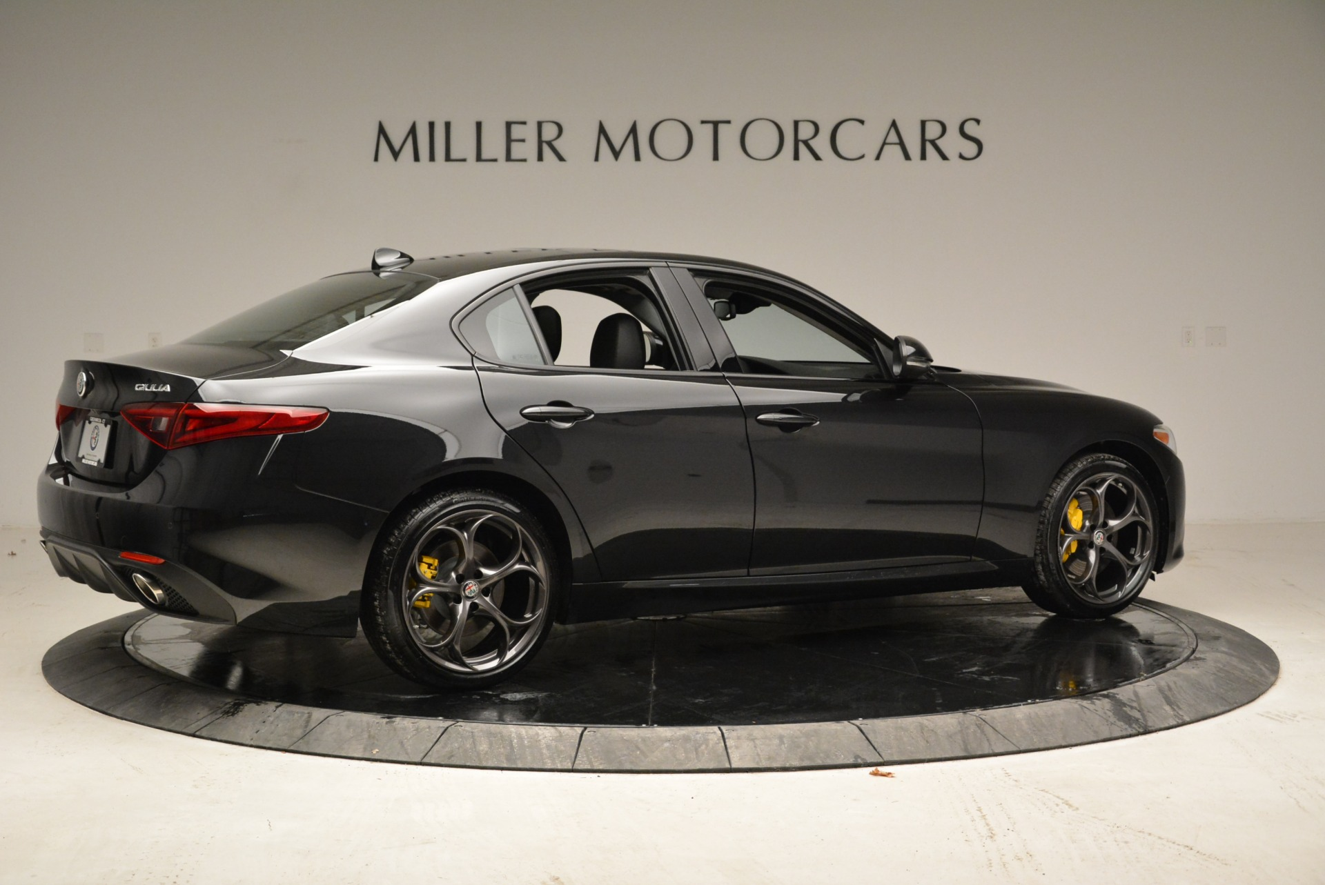 New 2019 Alfa Romeo Giulia Ti Sport Q4 For Sale In Westport, CT 2913_p8
