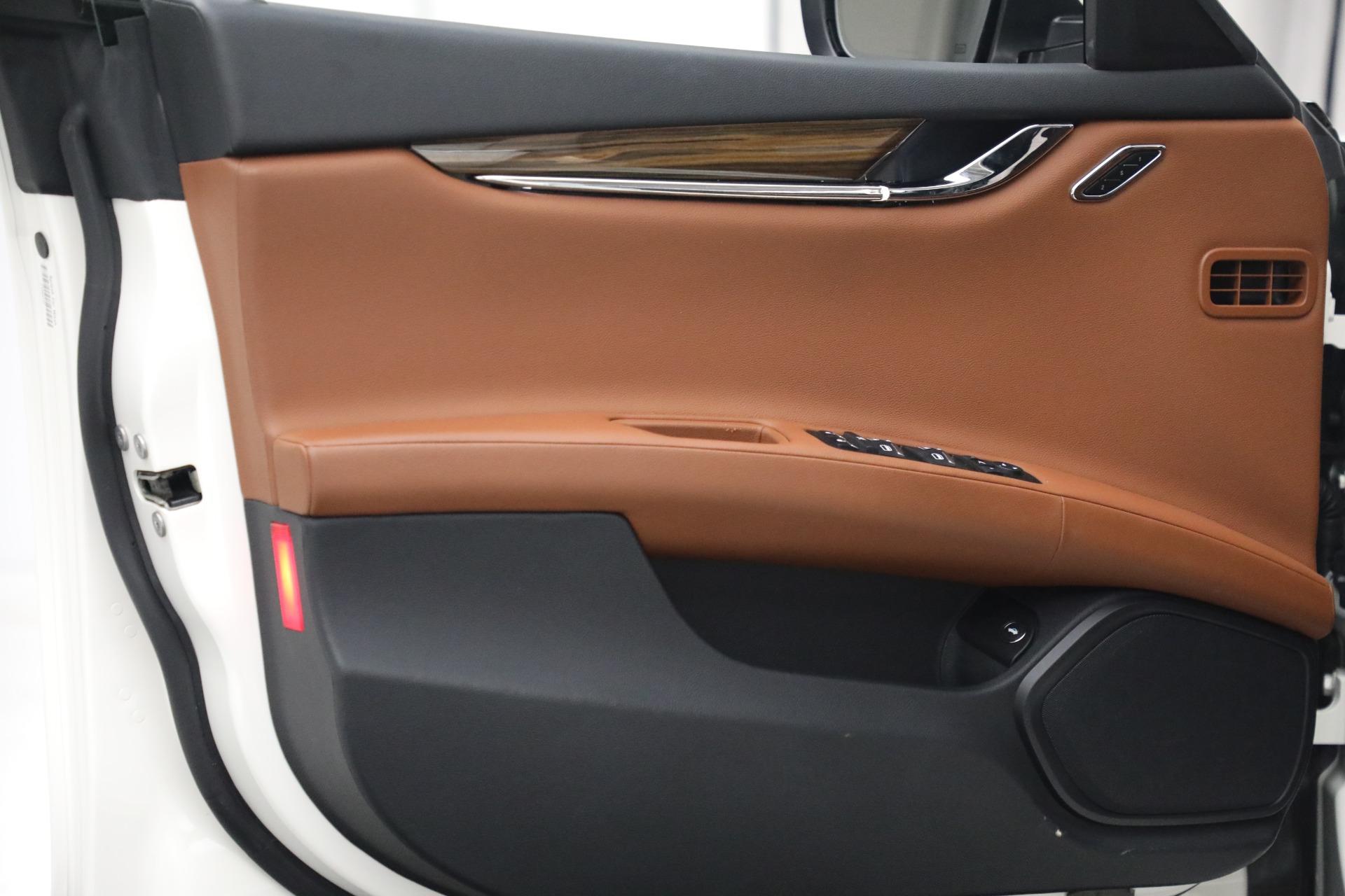 Used 2015 Maserati Quattroporte S Q4 For Sale In Westport, CT 2915_p14