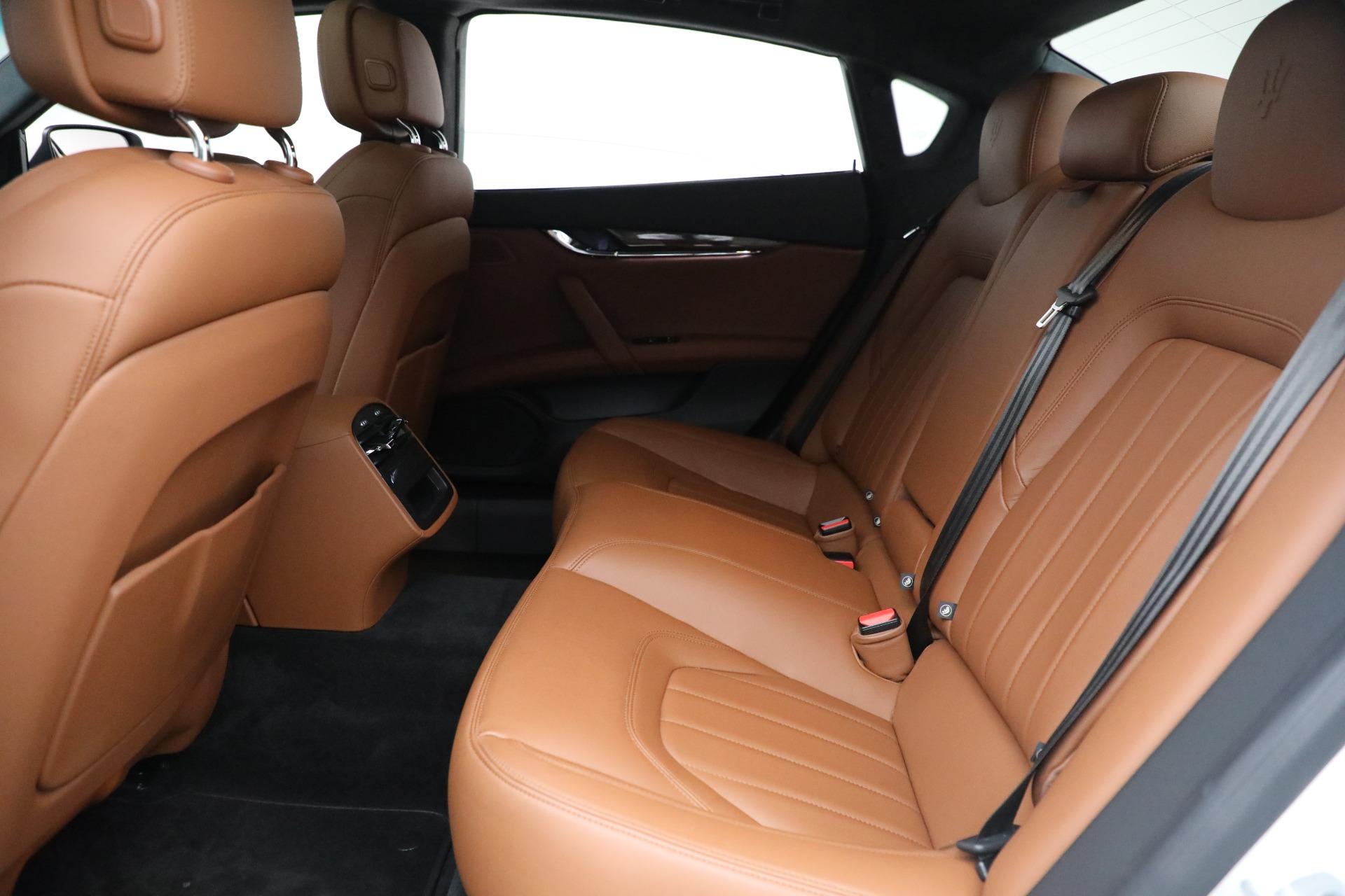 Used 2015 Maserati Quattroporte S Q4 For Sale In Westport, CT 2915_p16