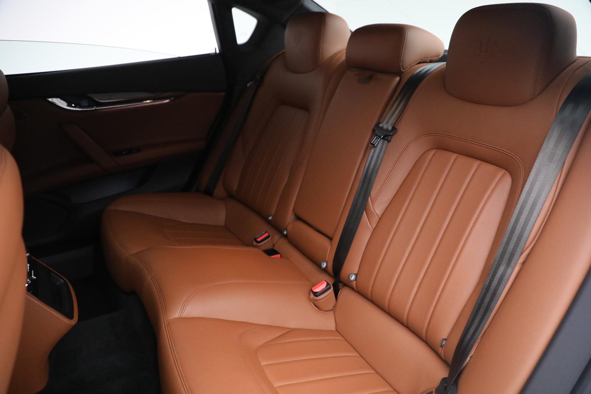 Used 2015 Maserati Quattroporte S Q4 For Sale In Westport, CT 2915_p17