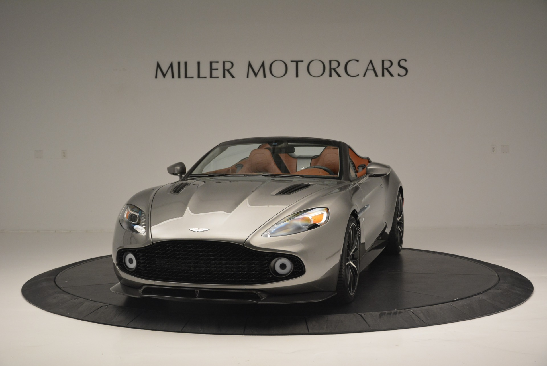 Used 2018 Aston Martin Zagato Speedster Convertible For Sale In Westport, CT 2916_p2