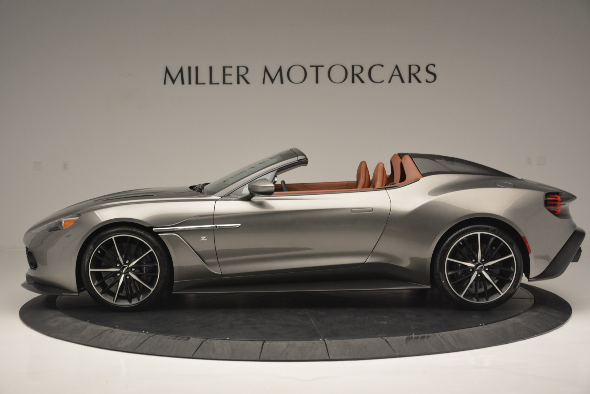 Used 2018 Aston Martin Zagato Speedster Convertible For Sale In Westport, CT 2916_p3