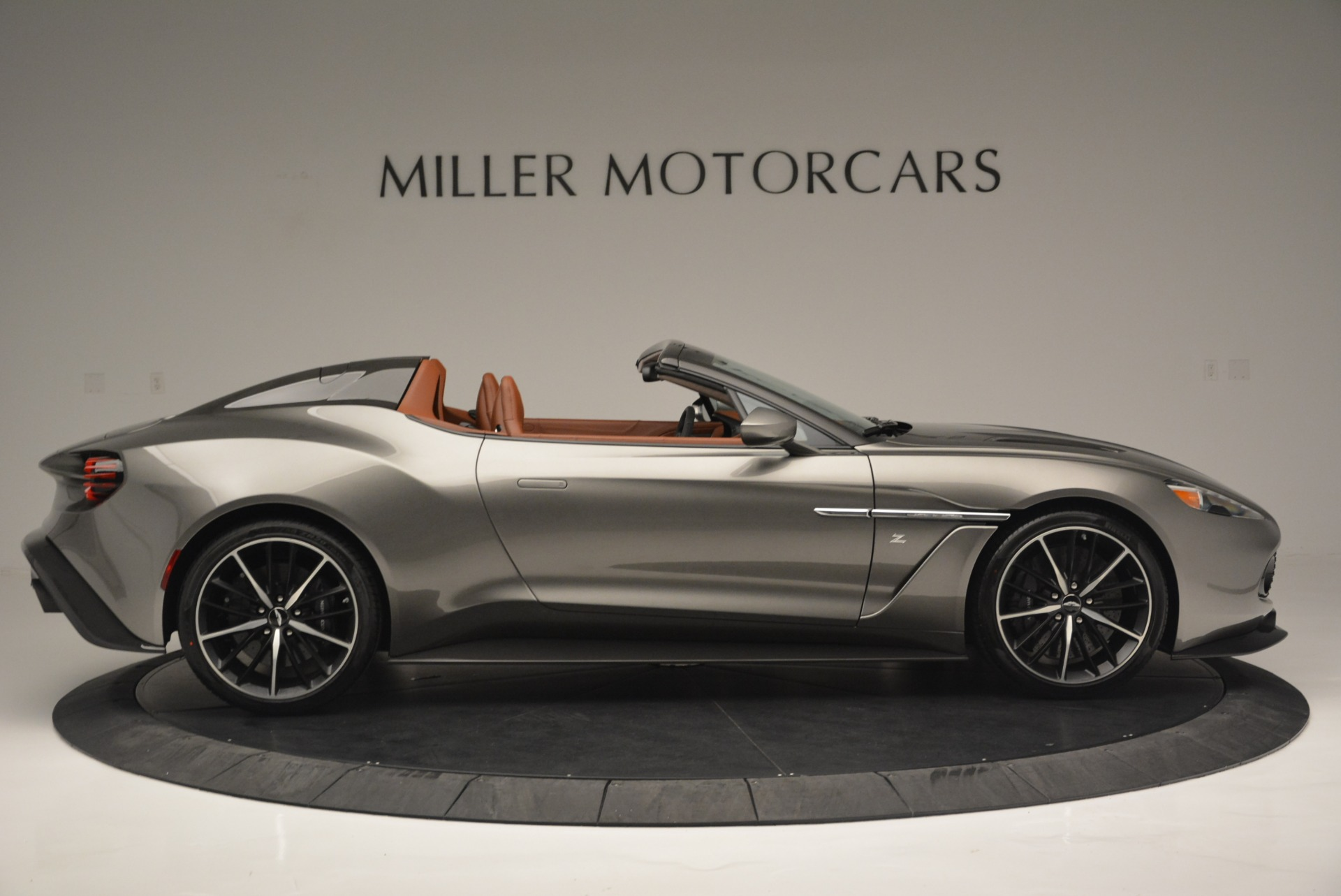 Used 2018 Aston Martin Zagato Speedster Convertible For Sale In Westport, CT 2916_p9