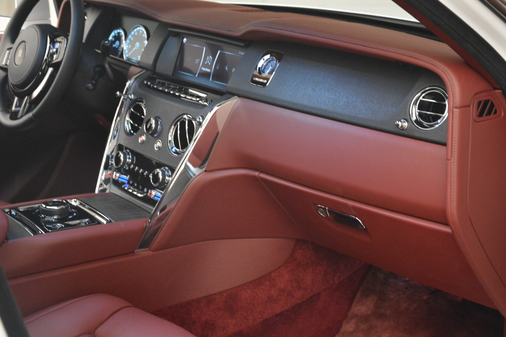 Used 2019 Rolls-Royce Cullinan  For Sale In Westport, CT 2918_p36