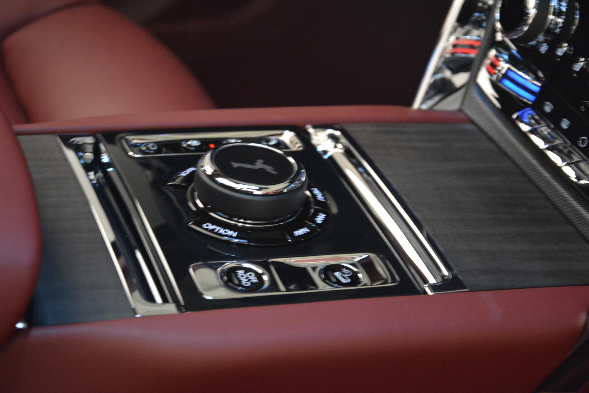 Used 2019 Rolls-Royce Cullinan  For Sale In Westport, CT 2918_p37