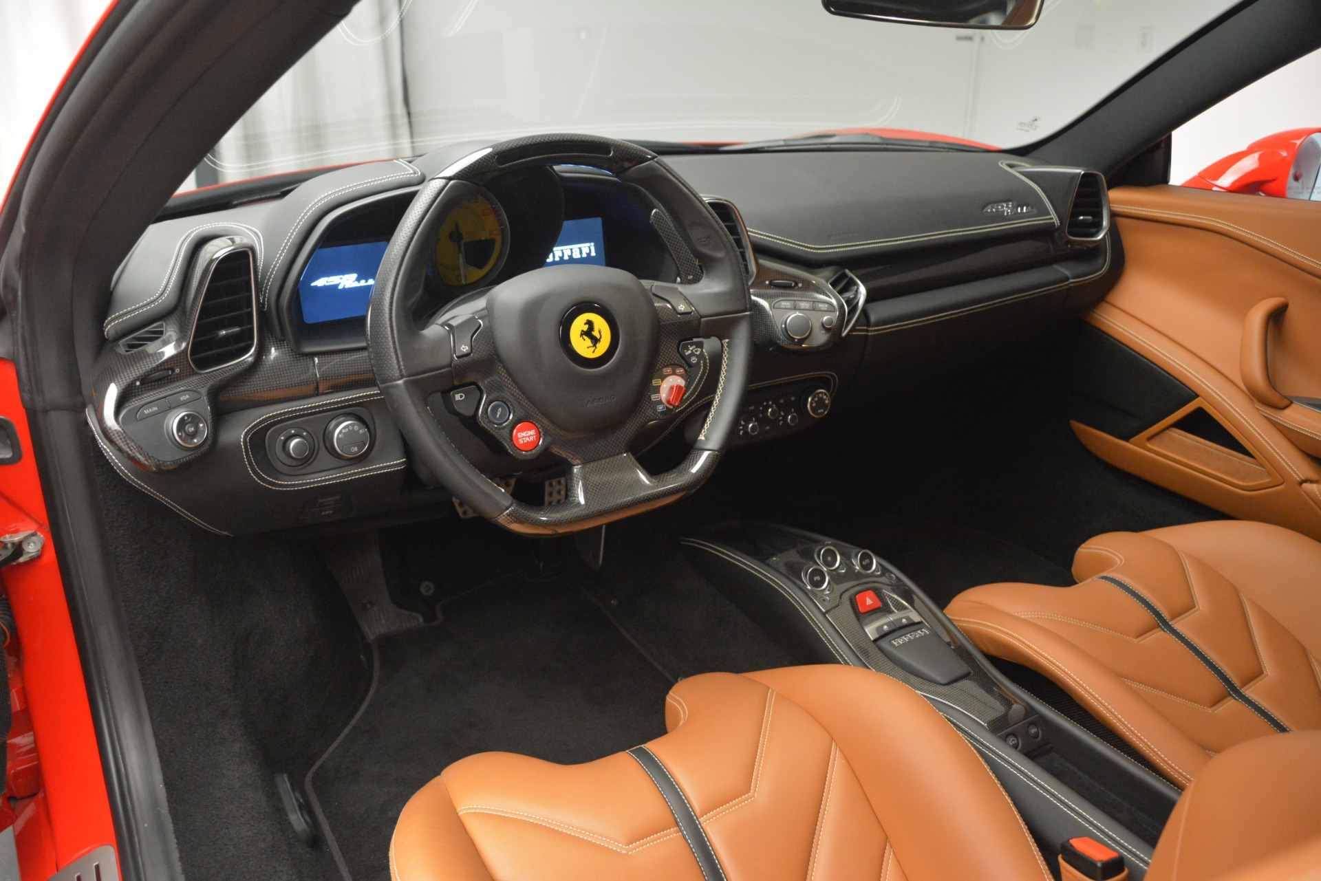Used 2014 Ferrari 458 Italia  For Sale In Westport, CT 2920_p13