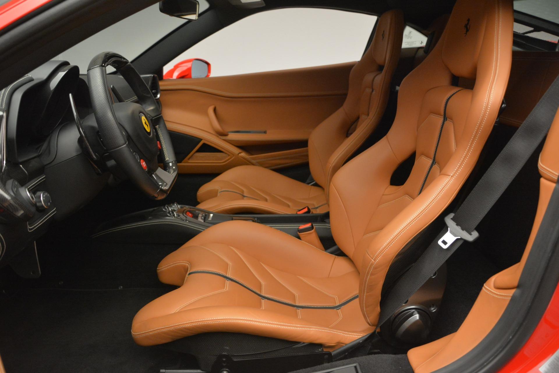 Used 2014 Ferrari 458 Italia  For Sale In Westport, CT 2920_p14