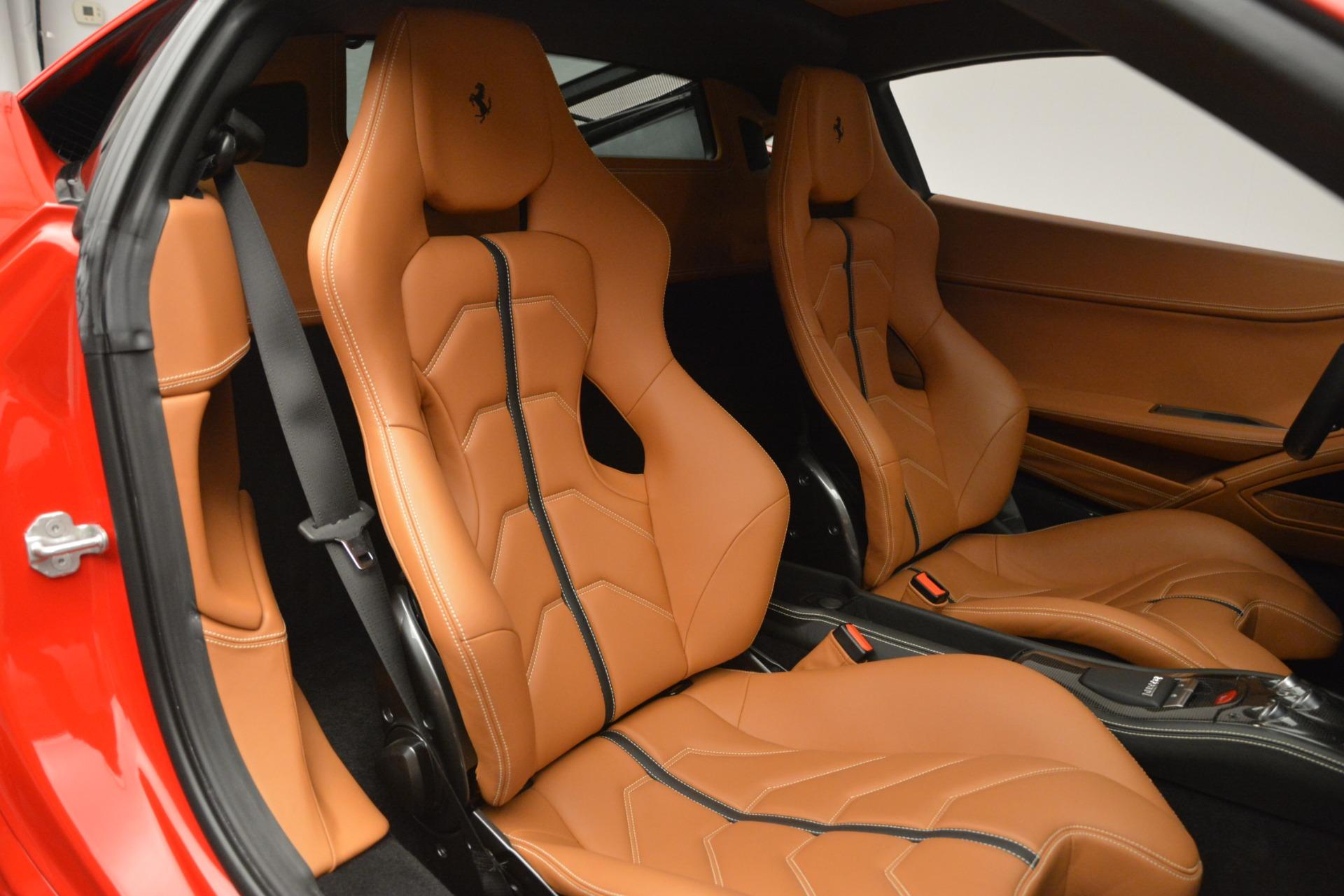 Used 2014 Ferrari 458 Italia  For Sale In Westport, CT 2920_p19