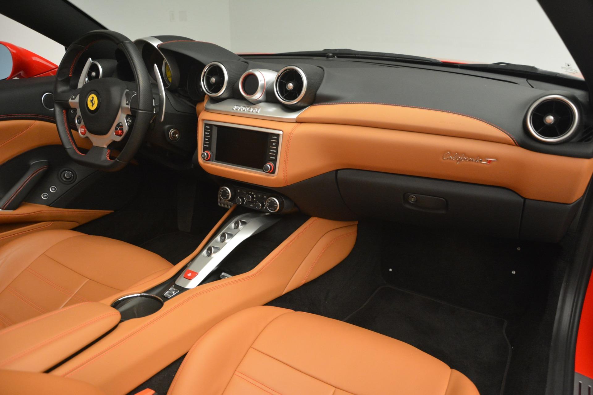 Used 2016 Ferrari California T Handling Speciale For Sale In Westport, CT 2921_p29