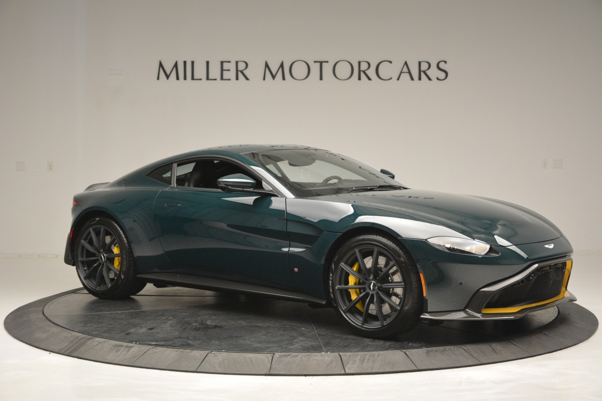 New 2019 Aston Martin Vantage Coupe For Sale In Westport, CT 2929_p10