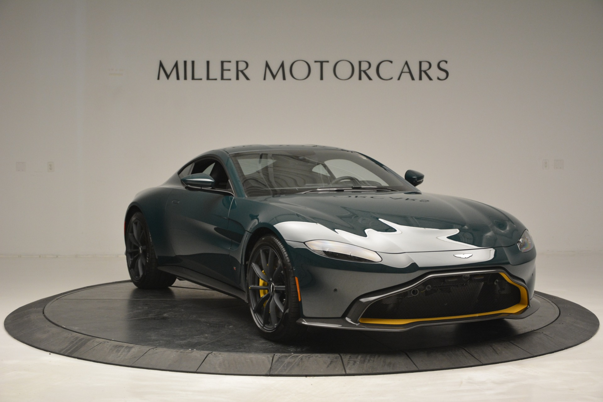 New 2019 Aston Martin Vantage Coupe For Sale In Westport, CT 2929_p11