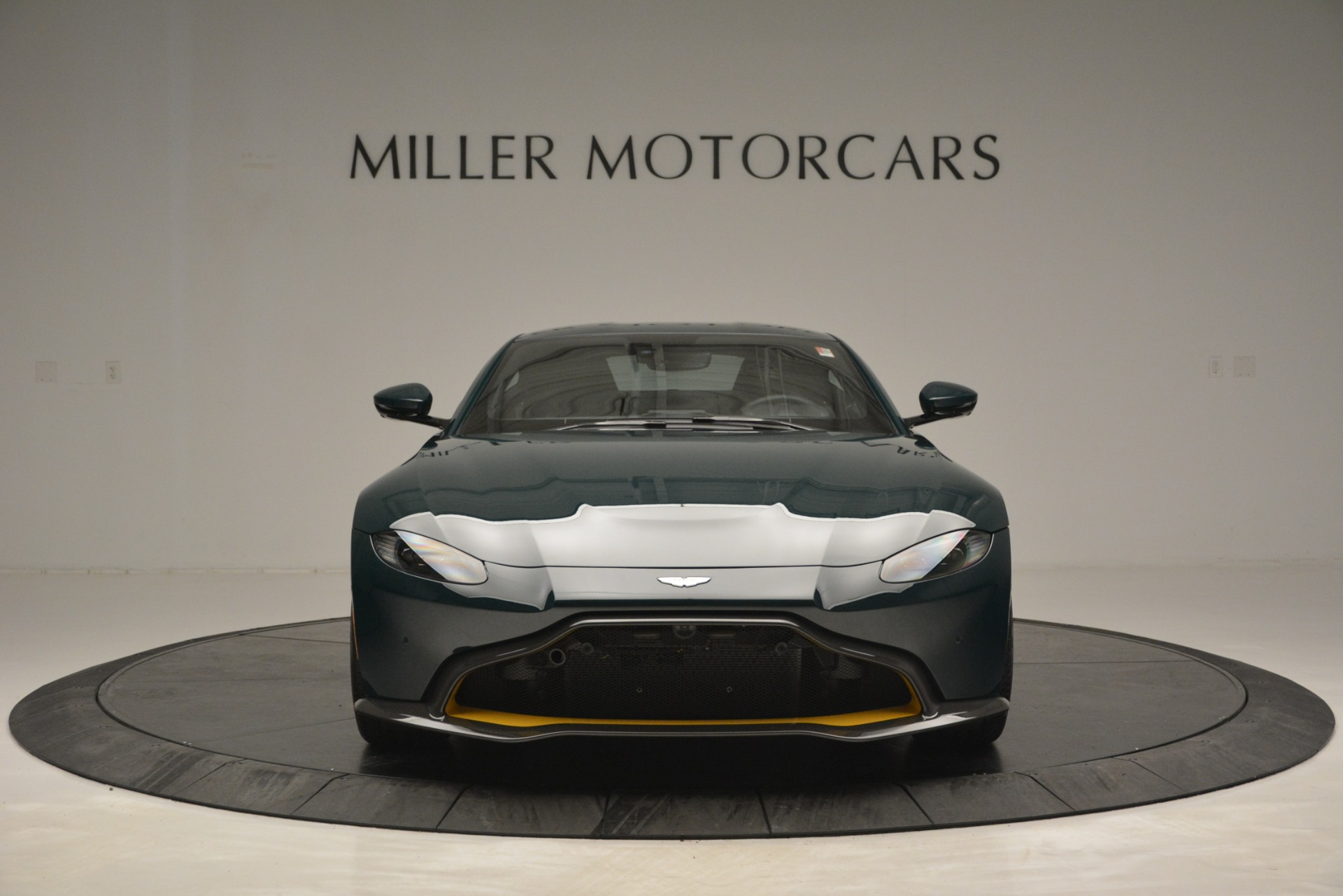 New 2019 Aston Martin Vantage Coupe For Sale In Westport, CT 2929_p12