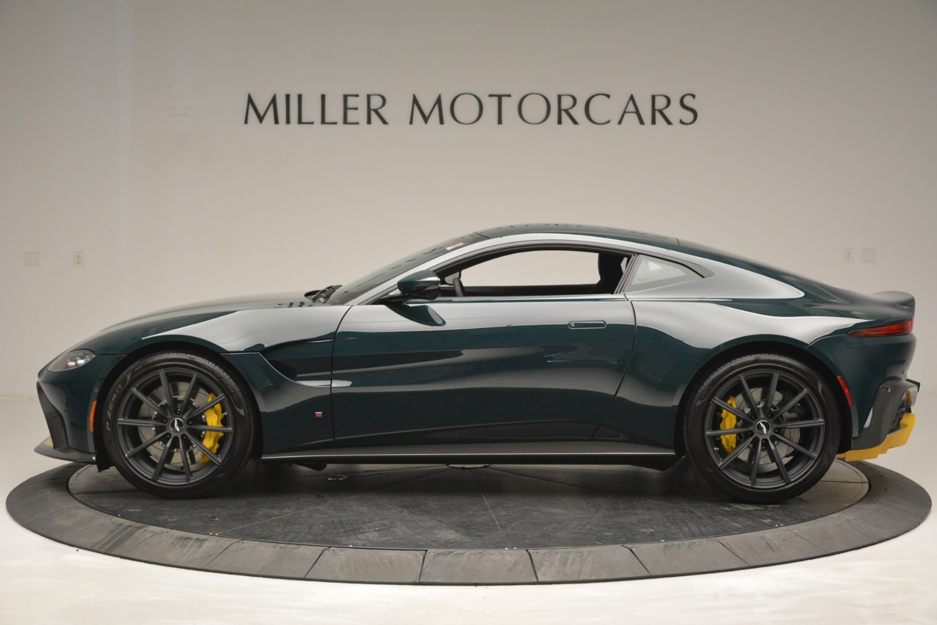New 2019 Aston Martin Vantage Coupe For Sale In Westport, CT 2929_p3