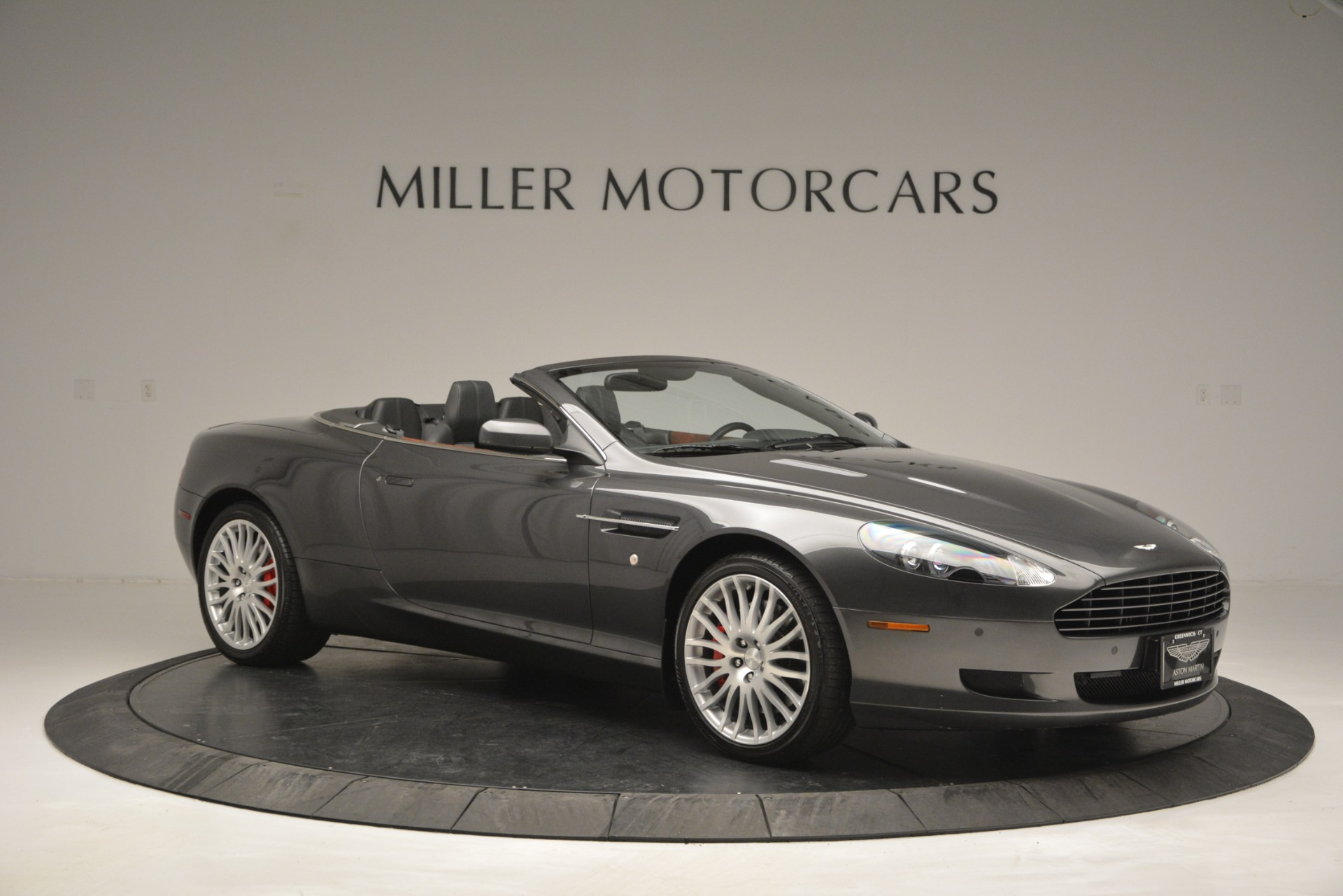 Used 2009 Aston Martin DB9 Convertible For Sale In Westport, CT 2930_p10
