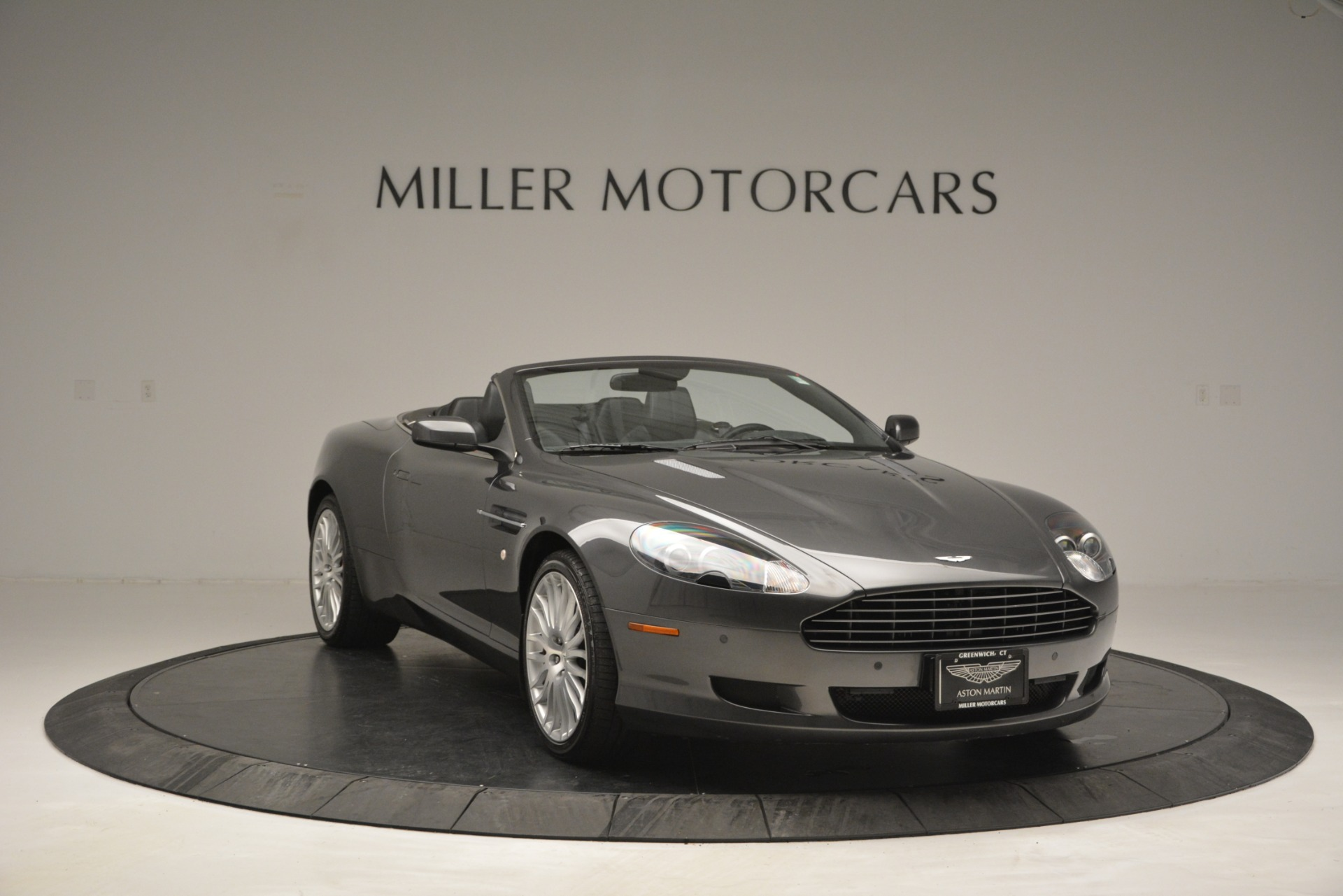 Used 2009 Aston Martin DB9 Convertible For Sale In Westport, CT 2930_p11