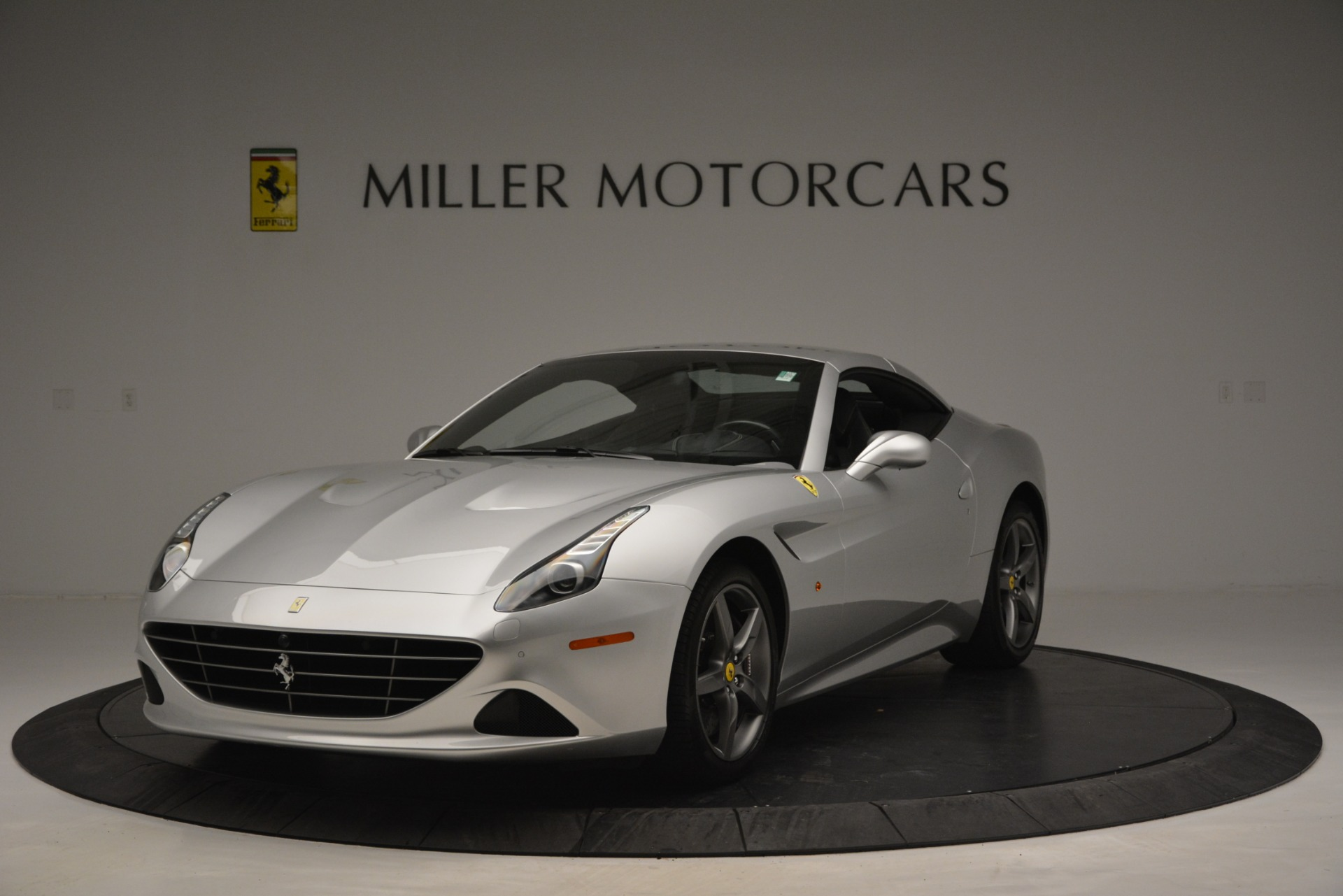 Used 2017 Ferrari California T Handling Speciale For Sale In Westport, CT 2931_p13