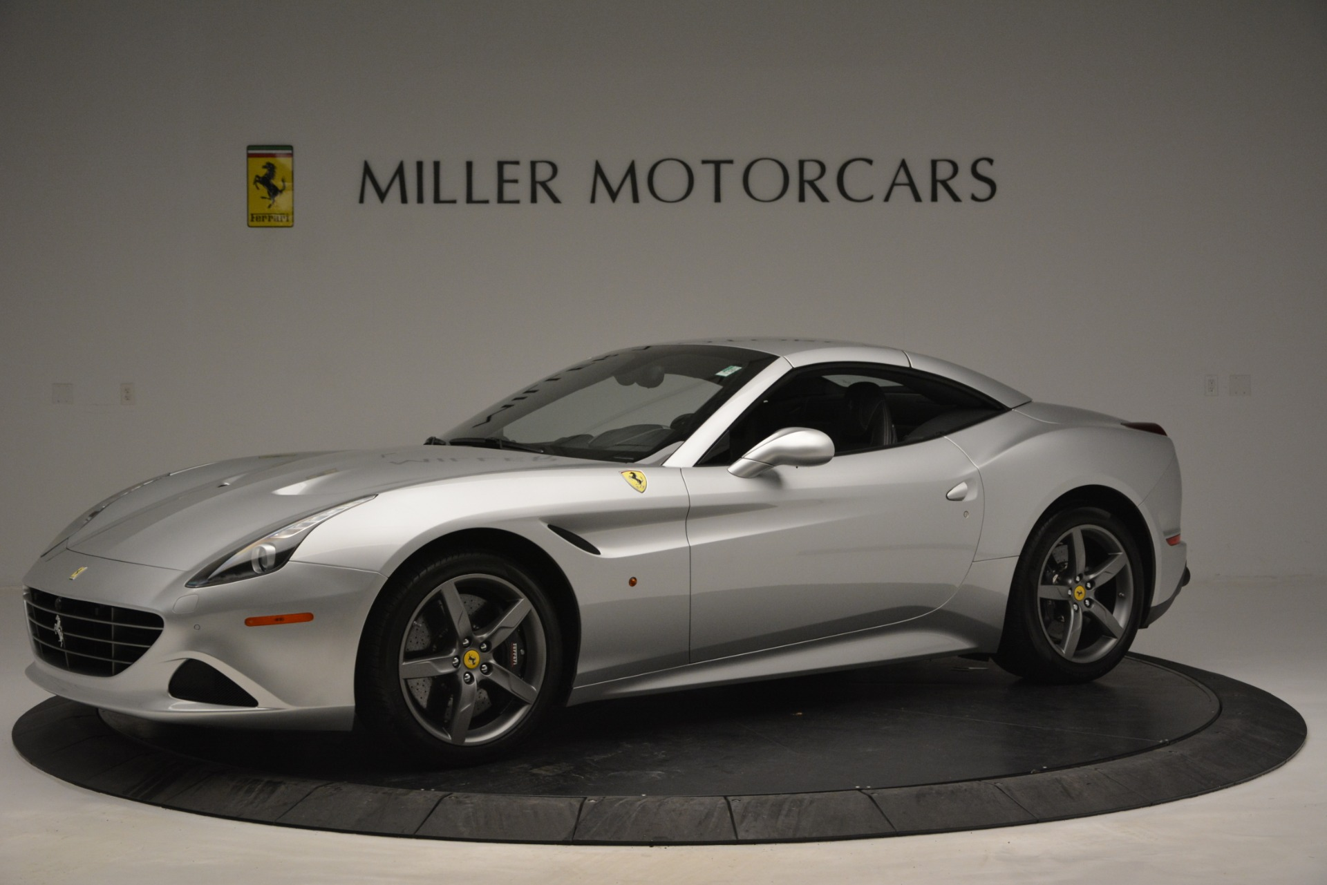 Used 2017 Ferrari California T Handling Speciale For Sale In Westport, CT 2931_p14
