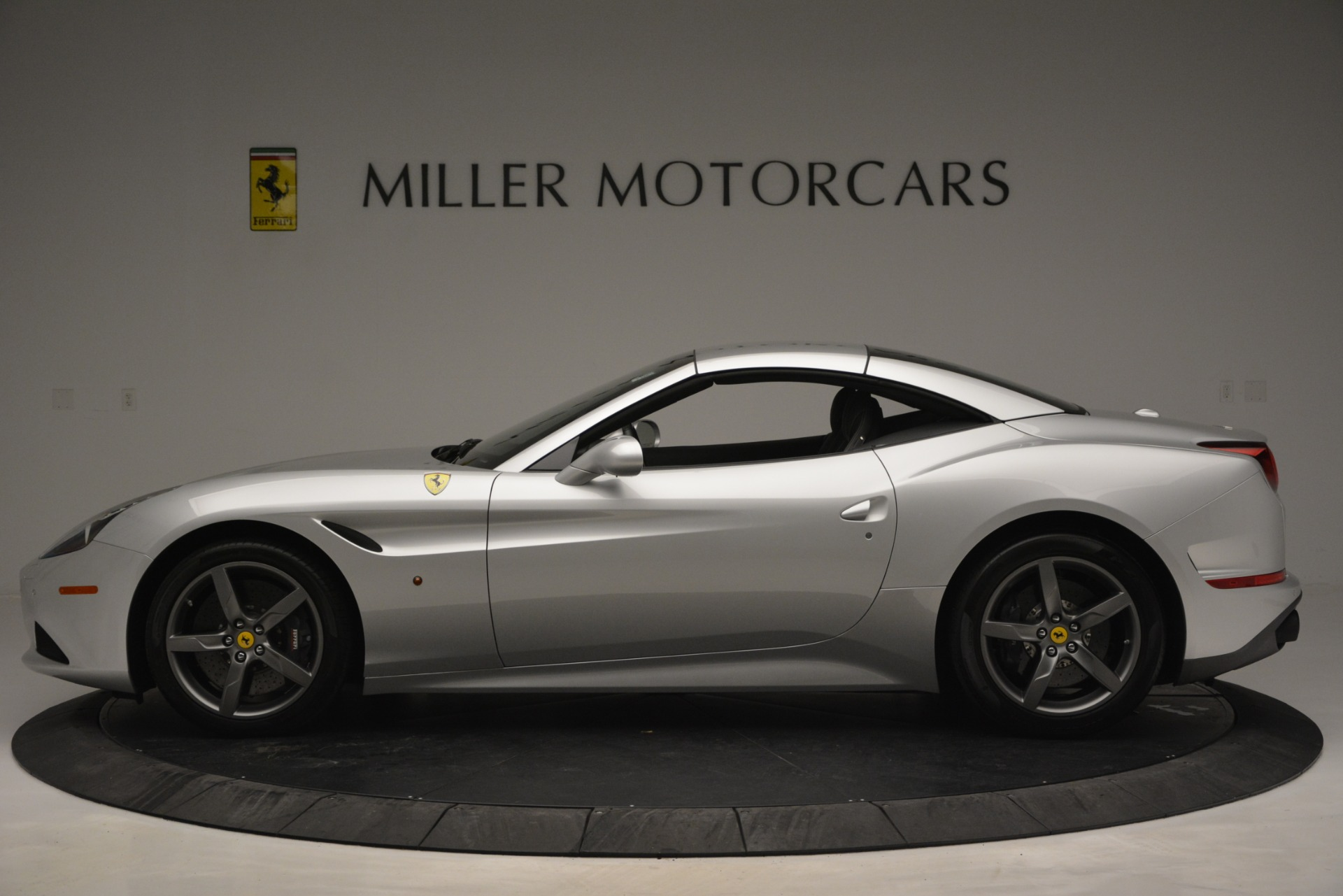 Used 2017 Ferrari California T Handling Speciale For Sale In Westport, CT 2931_p15
