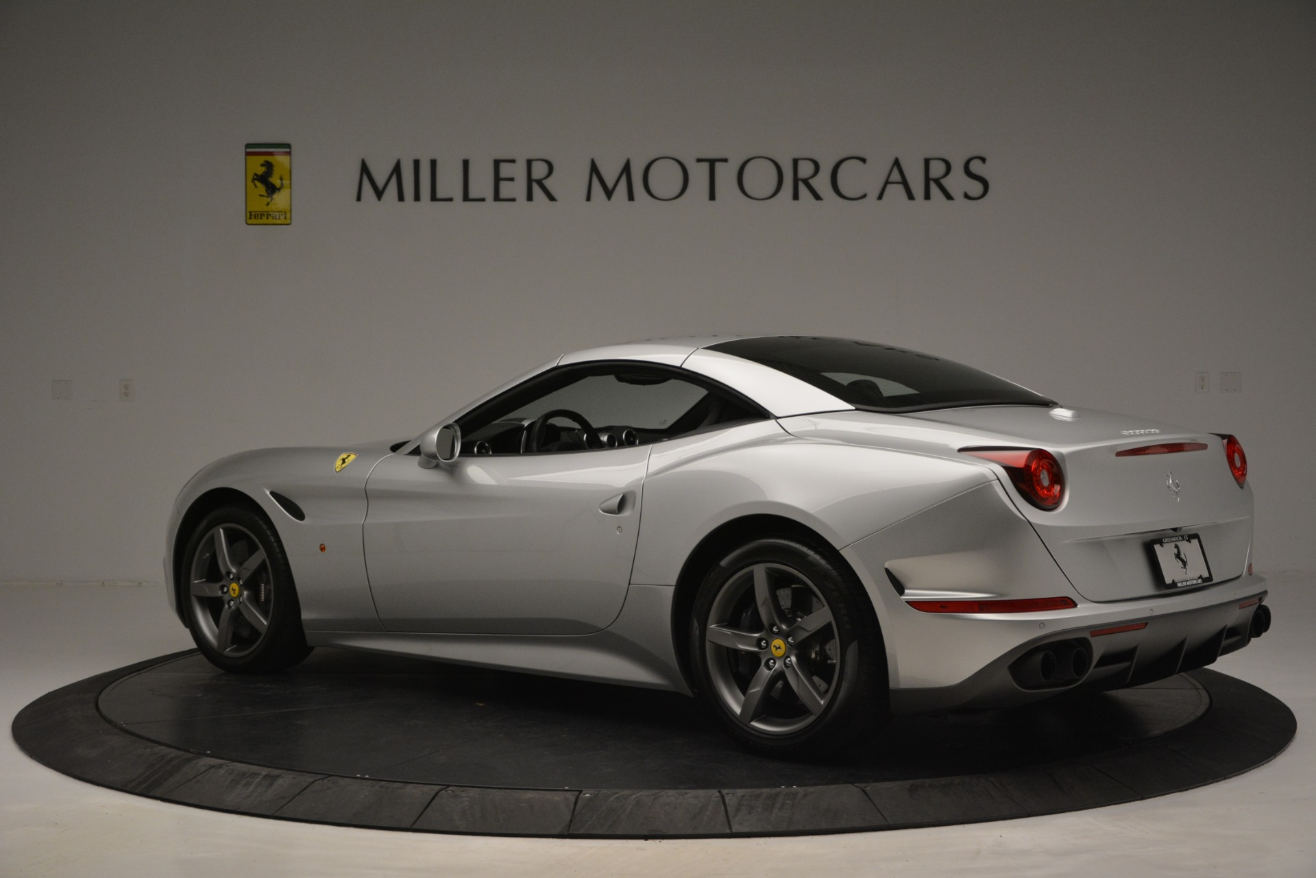 Used 2017 Ferrari California T Handling Speciale For Sale In Westport, CT 2931_p16
