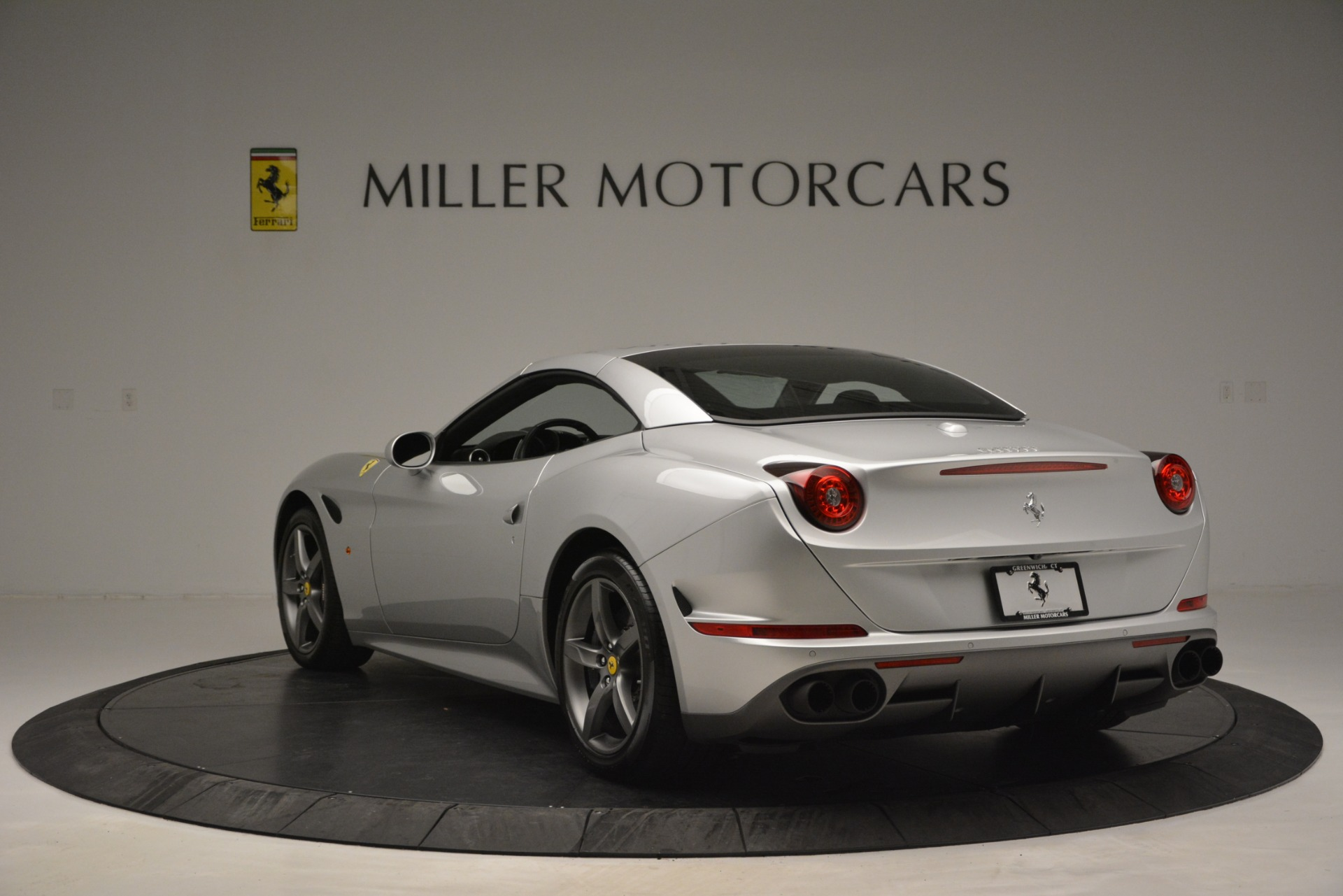 Used 2017 Ferrari California T Handling Speciale For Sale In Westport, CT 2931_p17