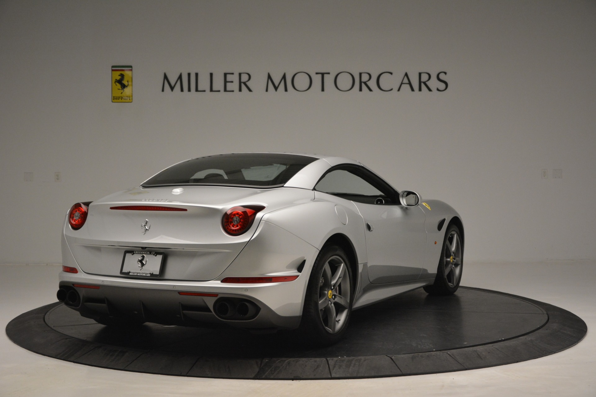 Used 2017 Ferrari California T Handling Speciale For Sale In Westport, CT 2931_p19