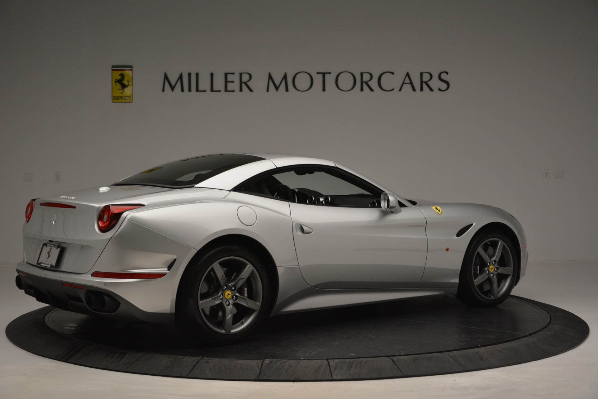 Used 2017 Ferrari California T Handling Speciale For Sale In Westport, CT 2931_p20