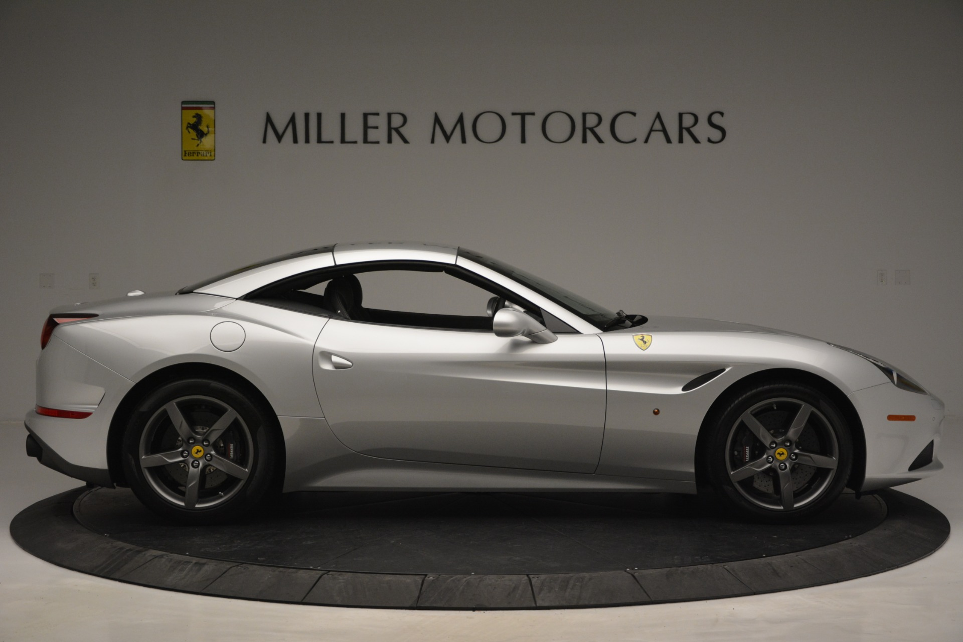 Used 2017 Ferrari California T Handling Speciale For Sale In Westport, CT 2931_p21