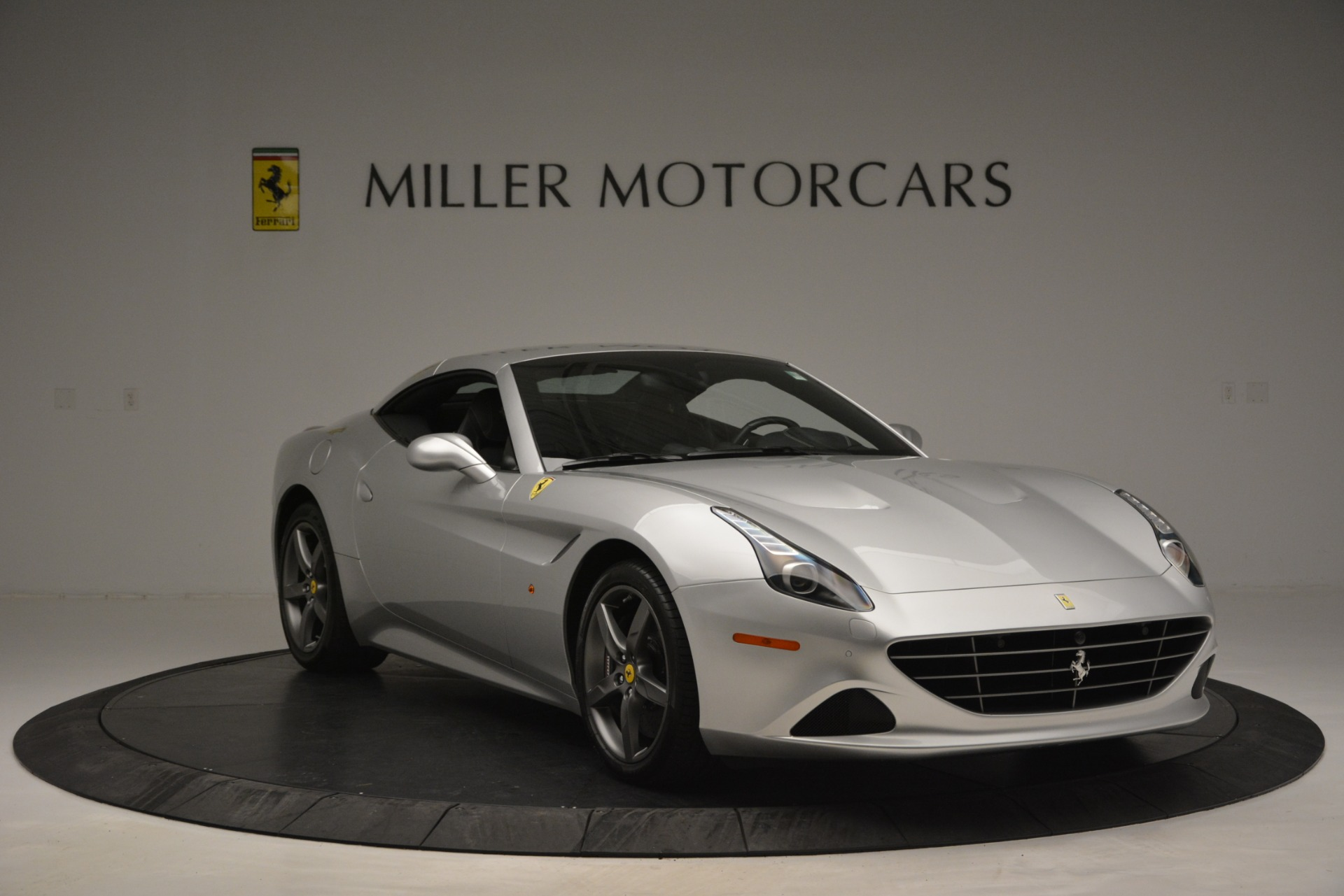 Used 2017 Ferrari California T Handling Speciale For Sale In Westport, CT 2931_p23