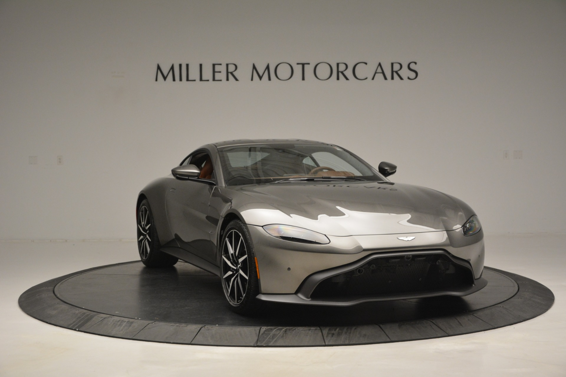 Used 2019 Aston Martin Vantage  For Sale In Westport, CT 2932_p10