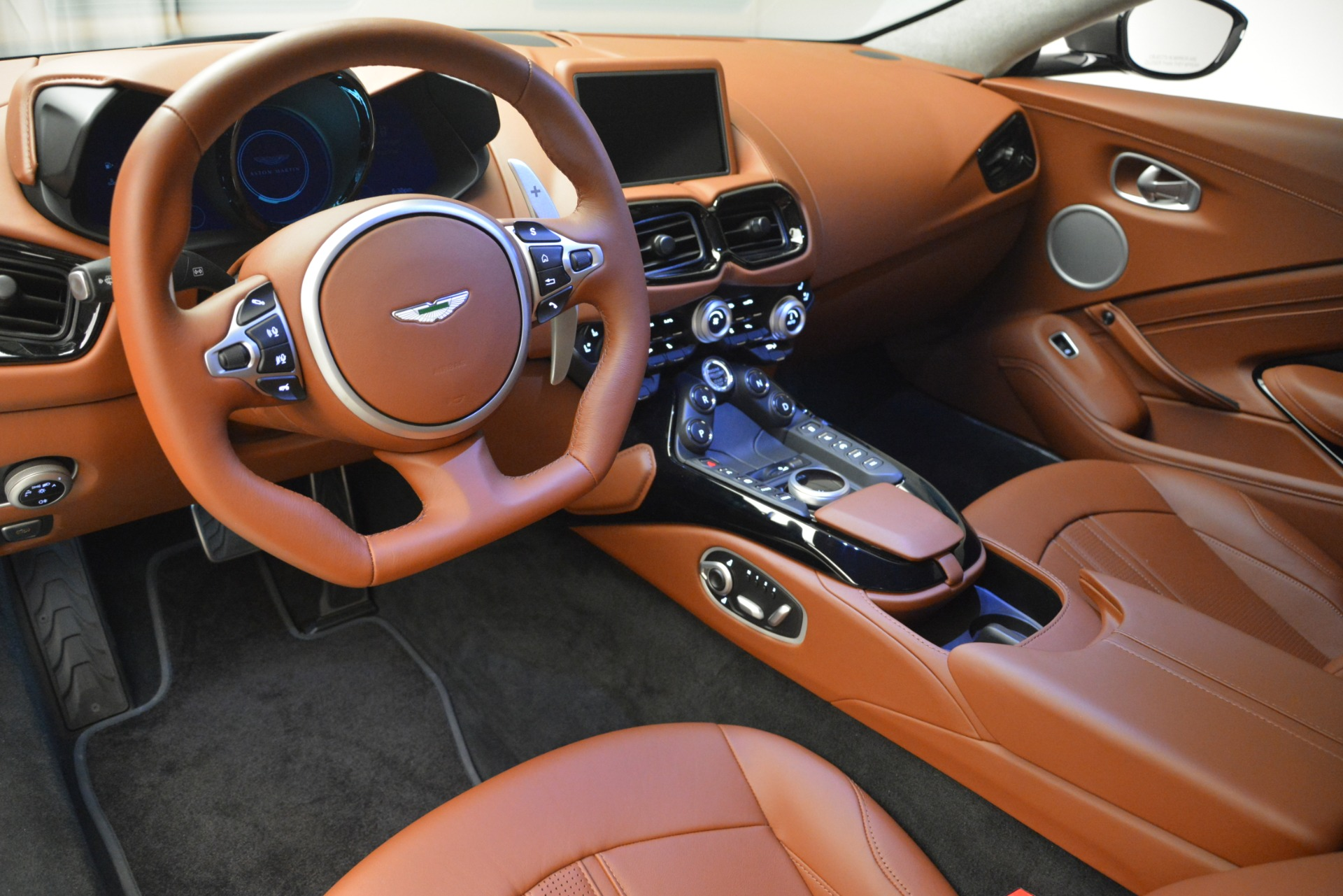 Used 2019 Aston Martin Vantage  For Sale In Westport, CT 2932_p14