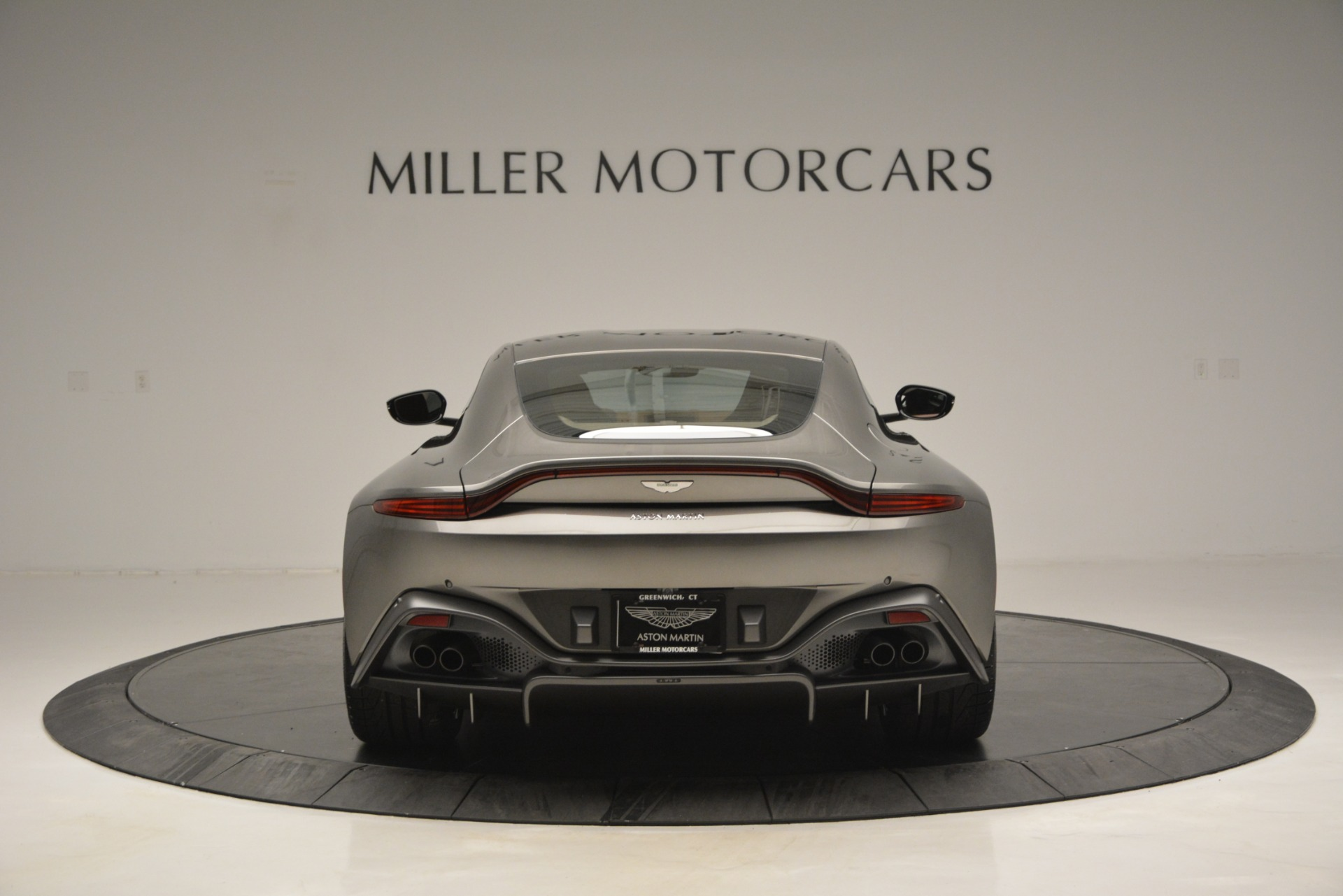 Used 2019 Aston Martin Vantage  For Sale In Westport, CT 2932_p5