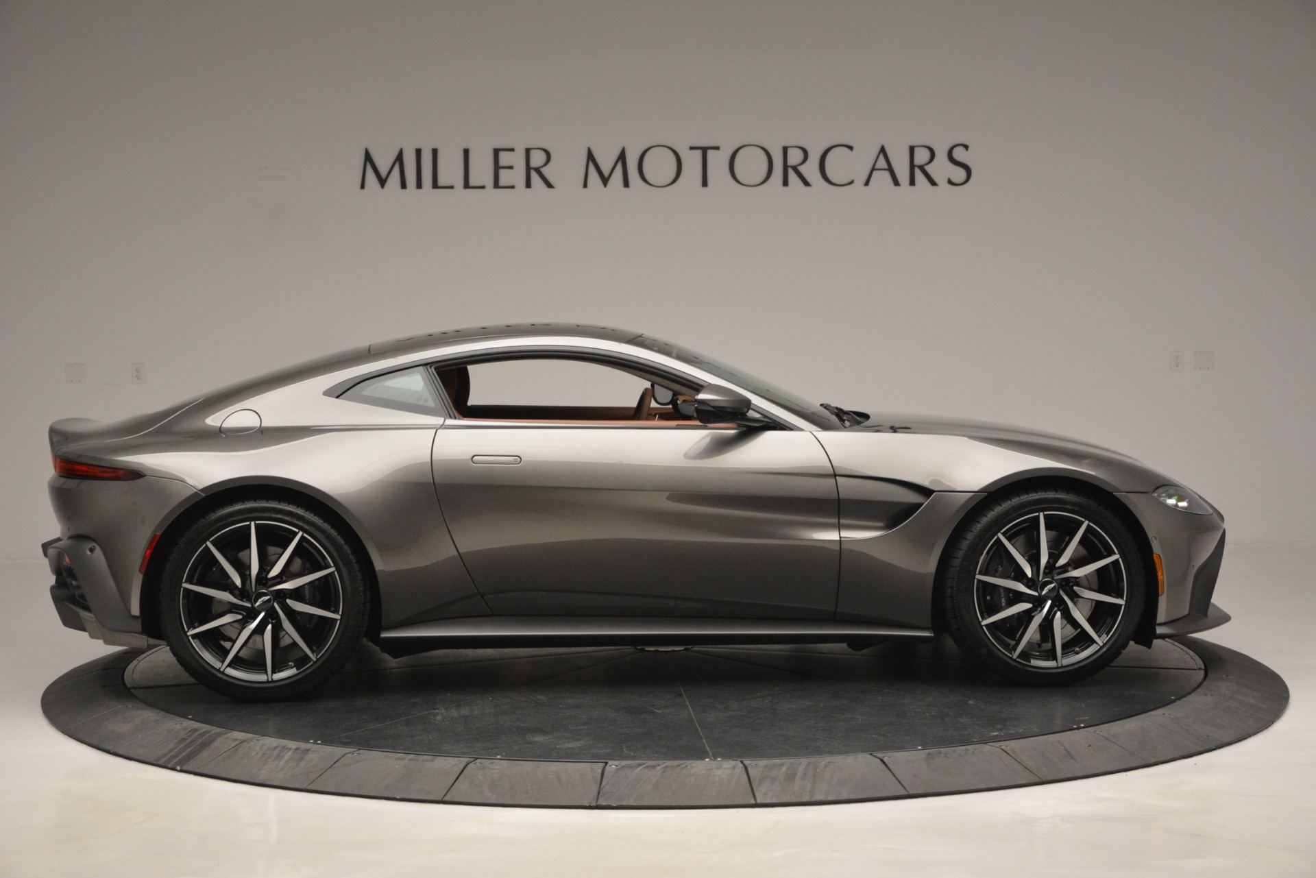 Used 2019 Aston Martin Vantage  For Sale In Westport, CT 2932_p8