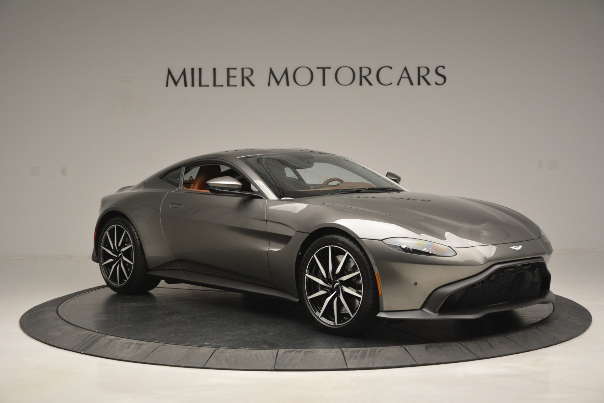 Used 2019 Aston Martin Vantage  For Sale In Westport, CT 2932_p9