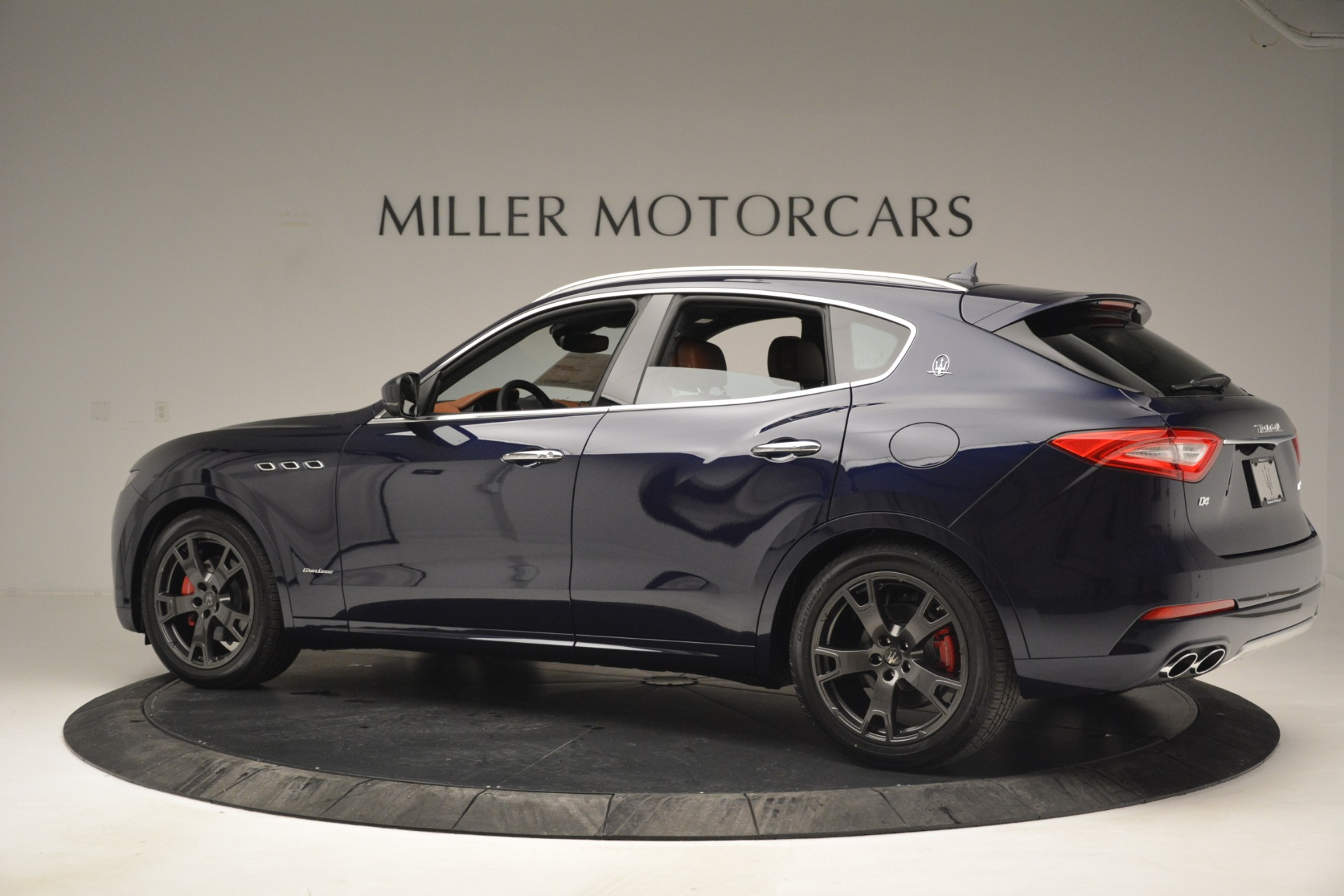 New 2019 Maserati Levante Q4 GranLusso For Sale In Westport, CT 2933_p5