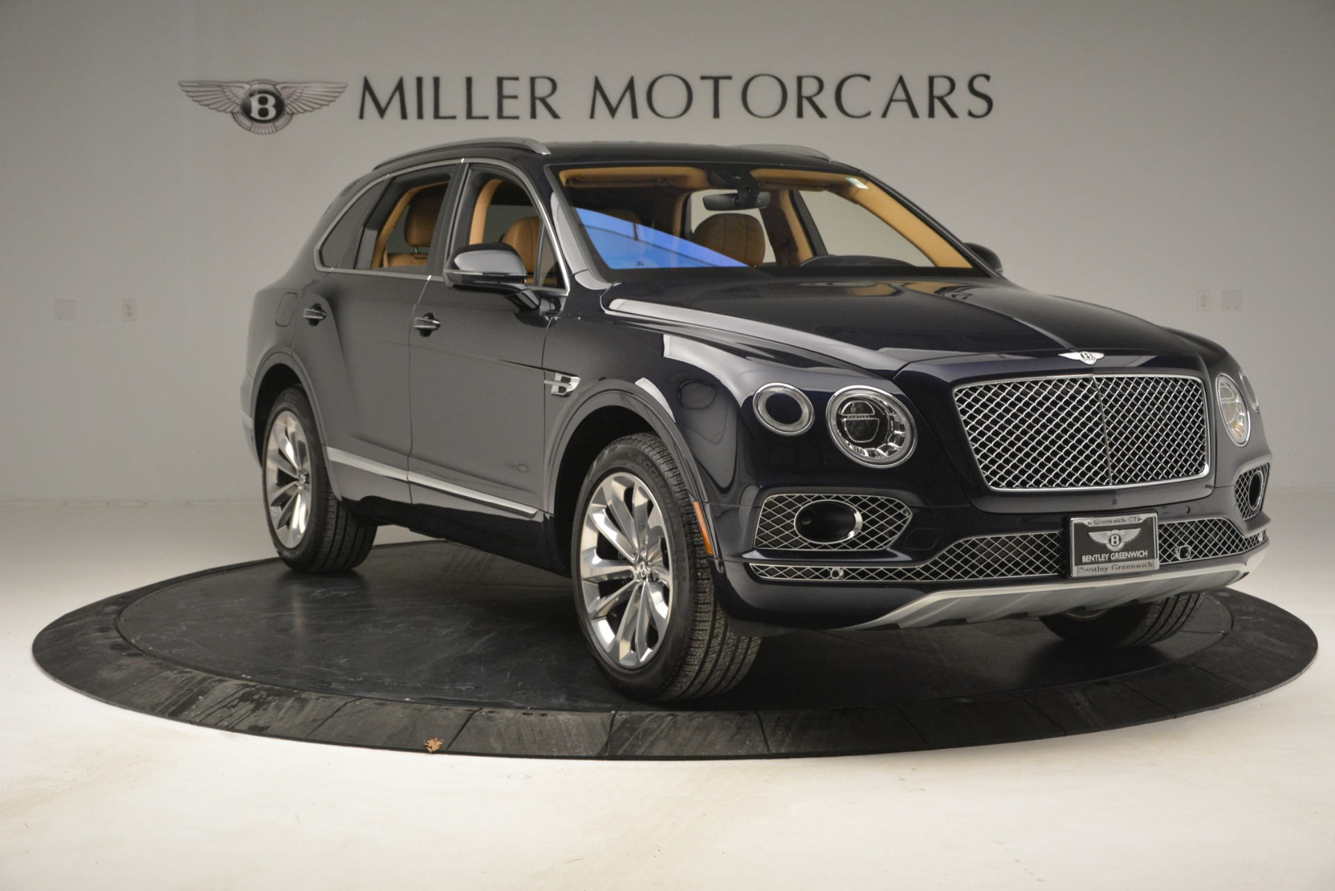 Used 2017 Bentley Bentayga W12 For Sale In Westport, CT 2934_p11