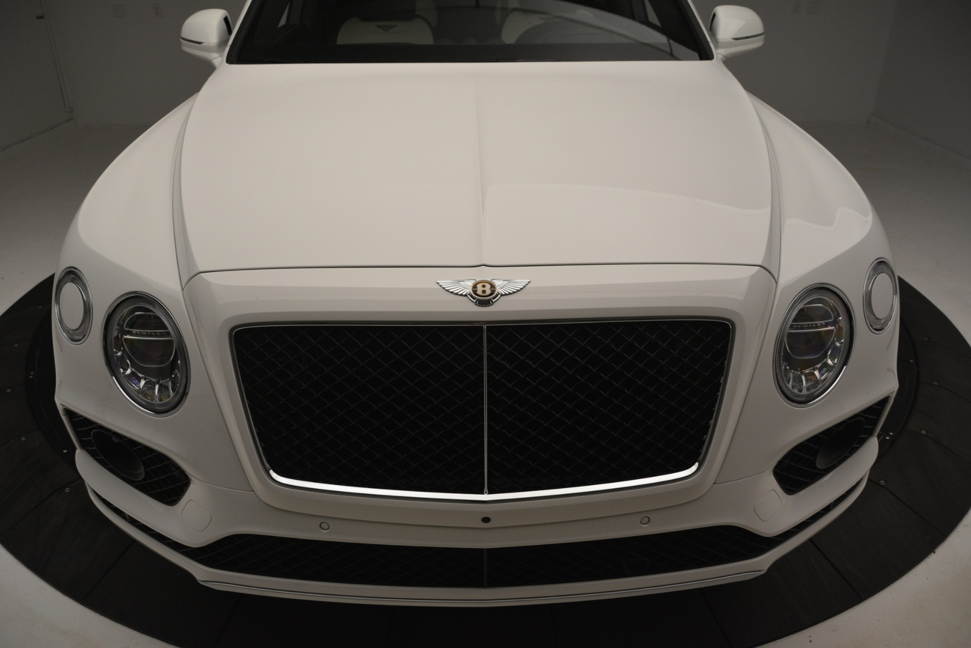 New 2019 Bentley Bentayga V8 For Sale In Westport, CT 2937_p13